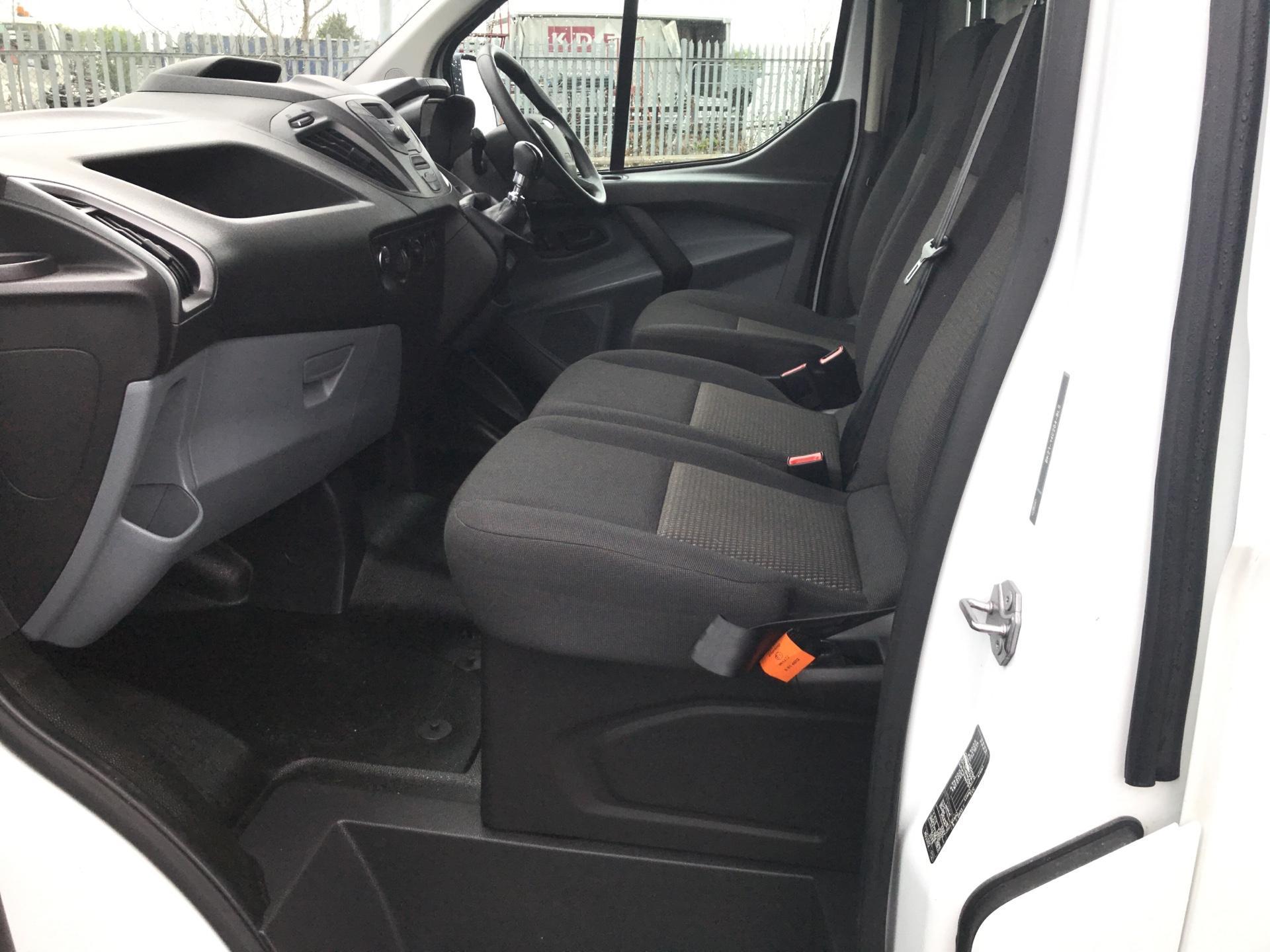 2016 Ford Transit Custom 2.2 Tdci 100Ps Low Roof Van (FN16UUZ) Image 14