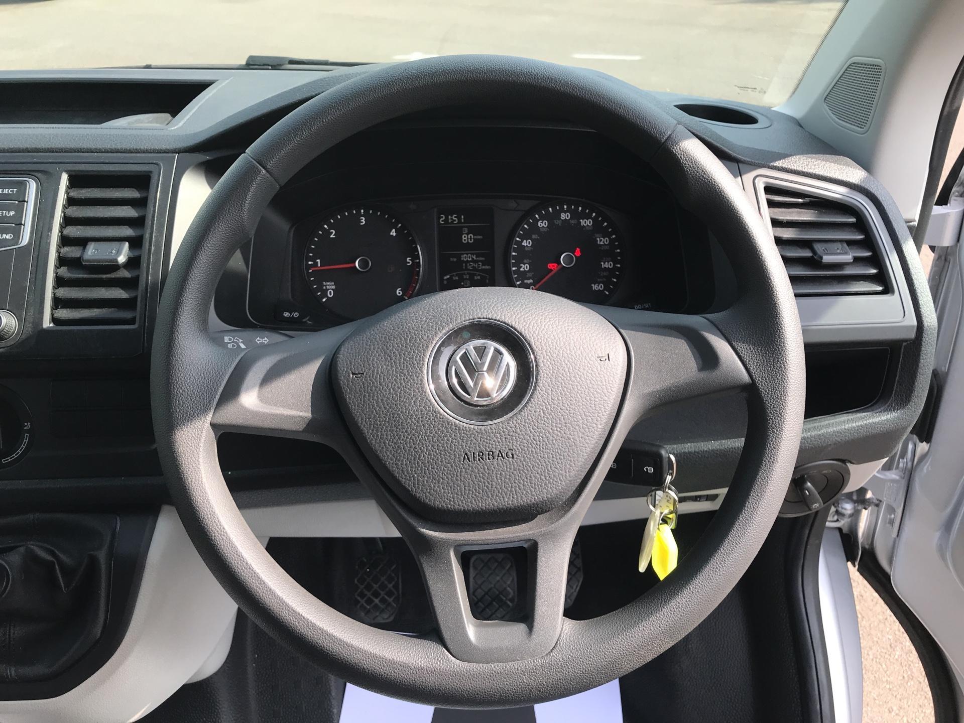 2017 Volkswagen Transporter 2.0 Tdi Bmt 102 Startline Van Euro 6 (FN17YGT) Image 12