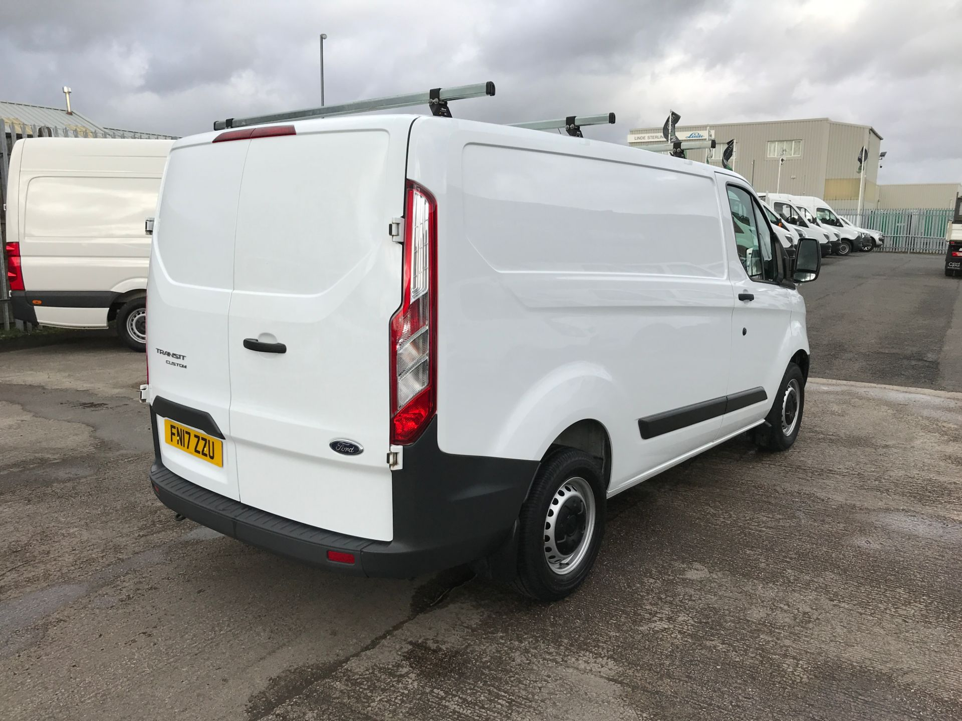 2017 Ford Transit Custom 290 L1 2.0TDCI 105PS LOW ROOF EURO 6 (FN17ZZU) Image 8
