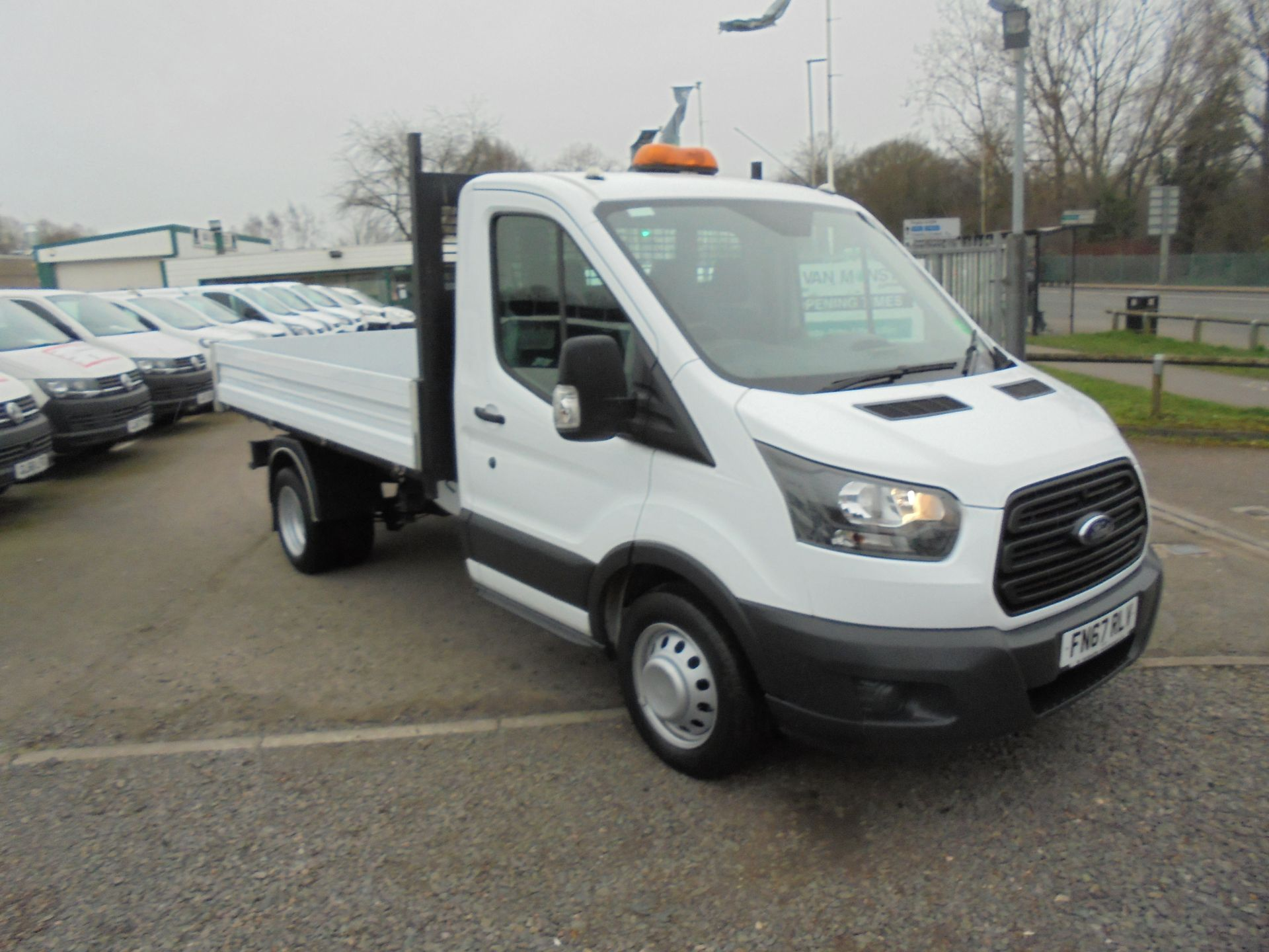 2017 Ford Transit 350 L2 SINGLE CAB TIPPER 130PS EURO 5 (FN67RLV)