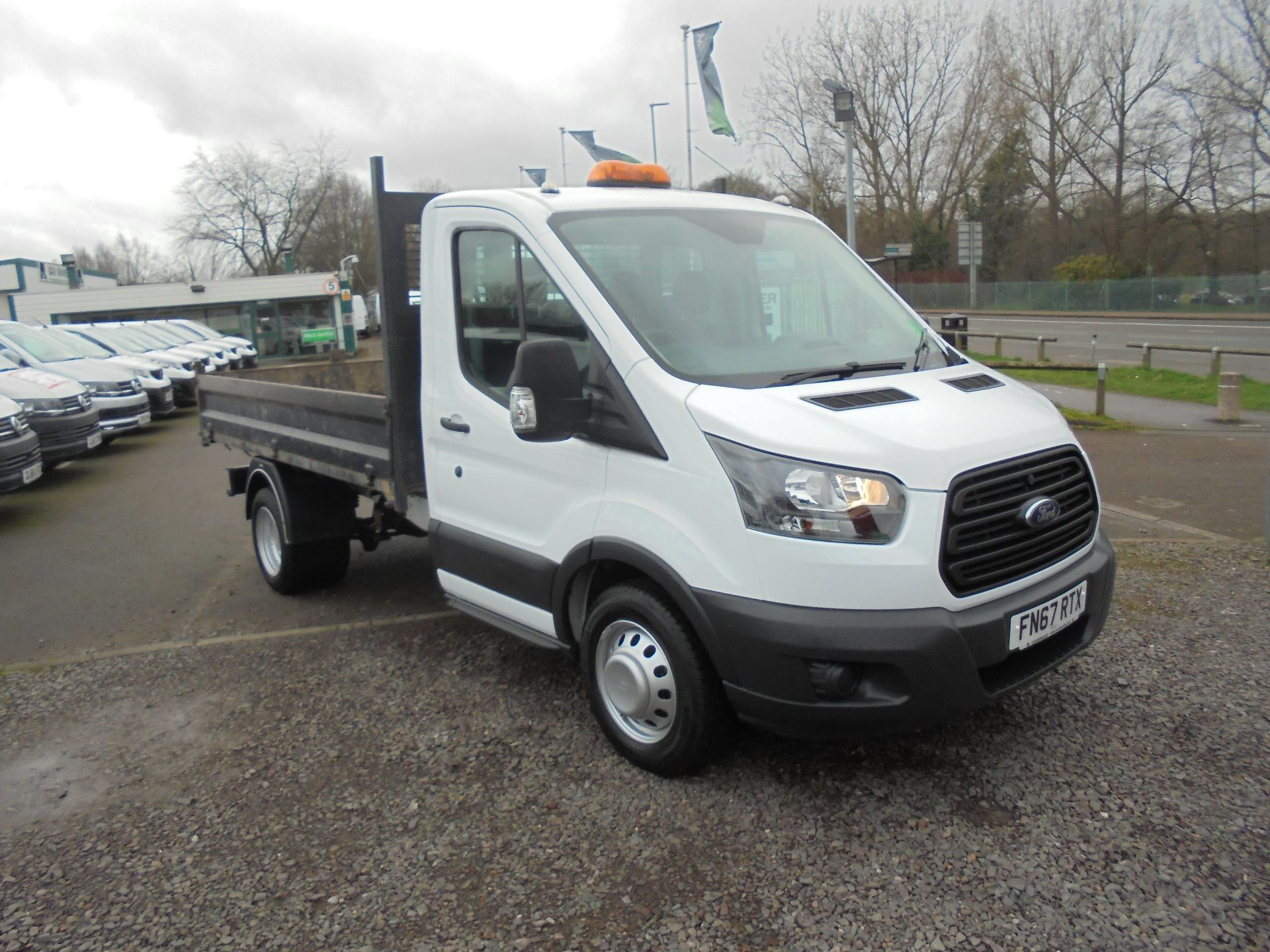 2018 Ford Transit 350 L2 SINGLE CAB TIPPER 130PS EURO 5 (FN67RTX) Image 1