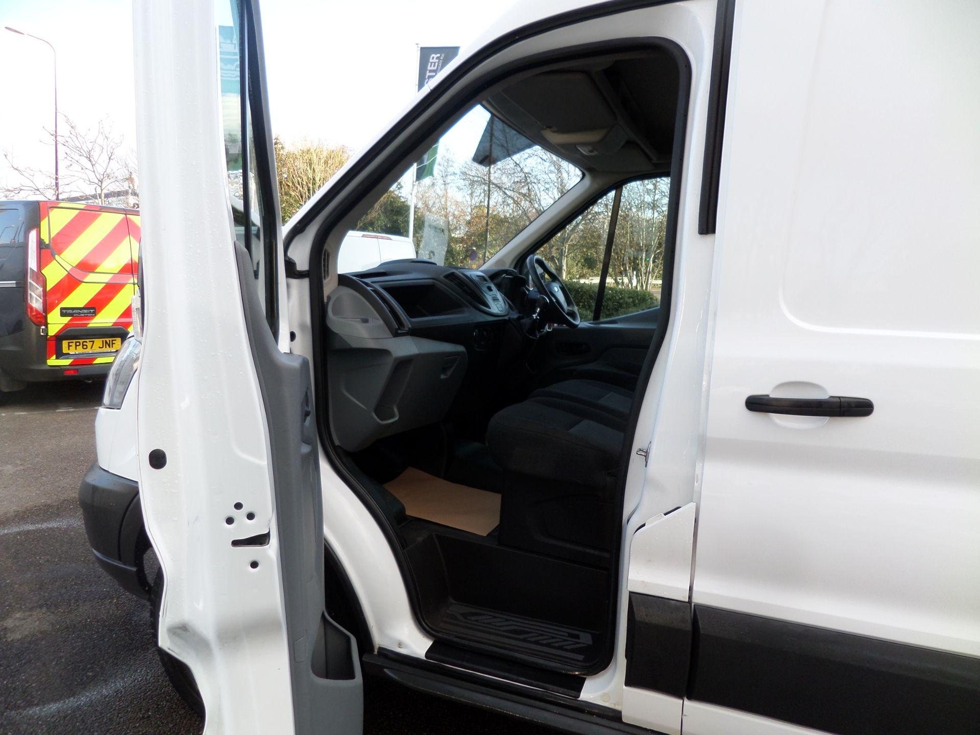 2017 Ford Transit 2.0 Tdci 130Ps H3 Van Euro 6 (FN67ZUD) Image 8