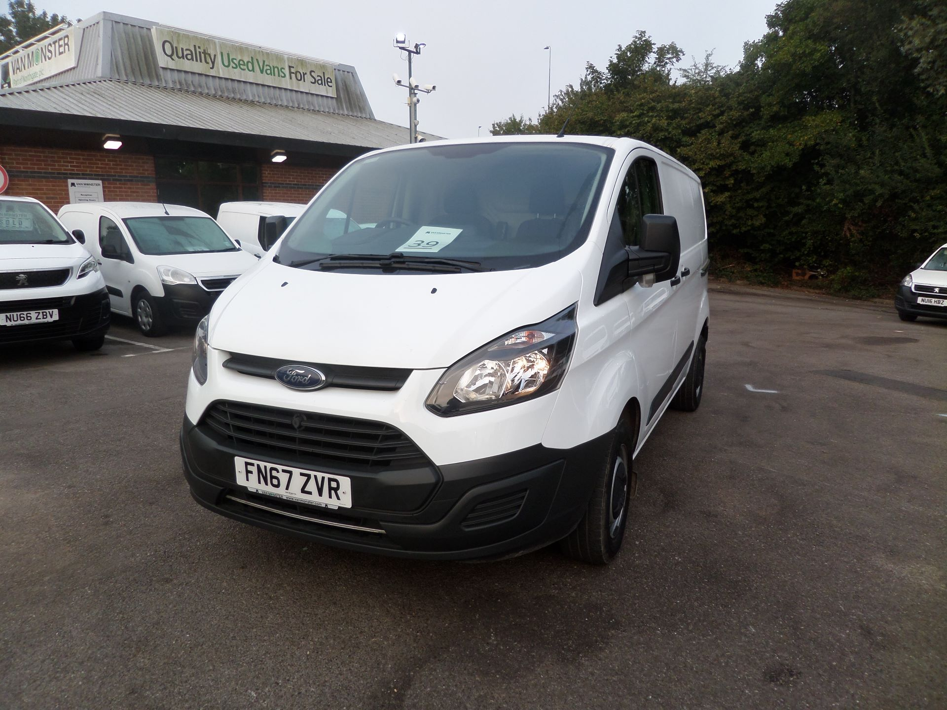 2017 Ford Transit Custom 2.0 Tdci 105Ps Low Roof Van Euro 6 (FN67ZVR) Image 9