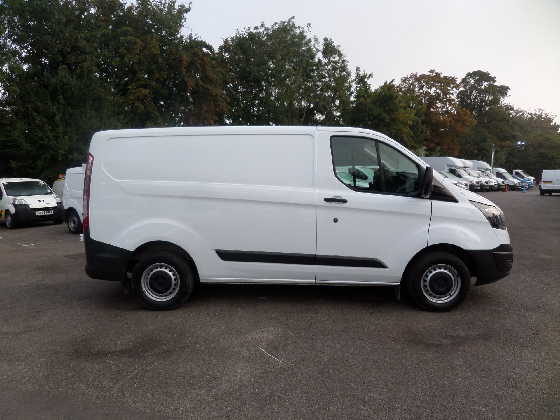 2017 Ford Transit Custom 2.0 Tdci 105Ps Low Roof Van Euro 6 (FN67ZVR) Image 2