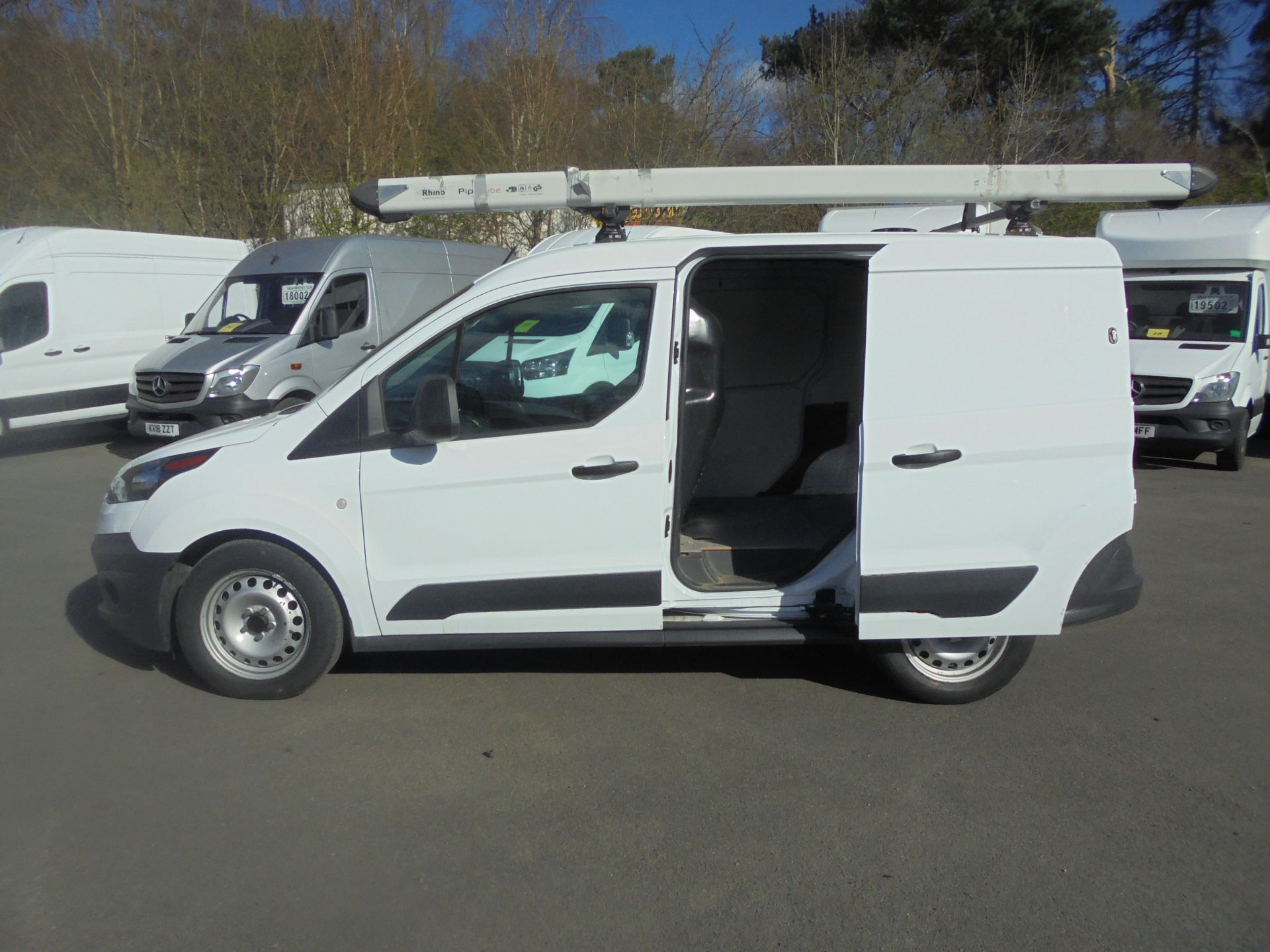2017 Ford Transit Connect 1.5 Tdci 75Ps Van (FN67ZVT) Image 6