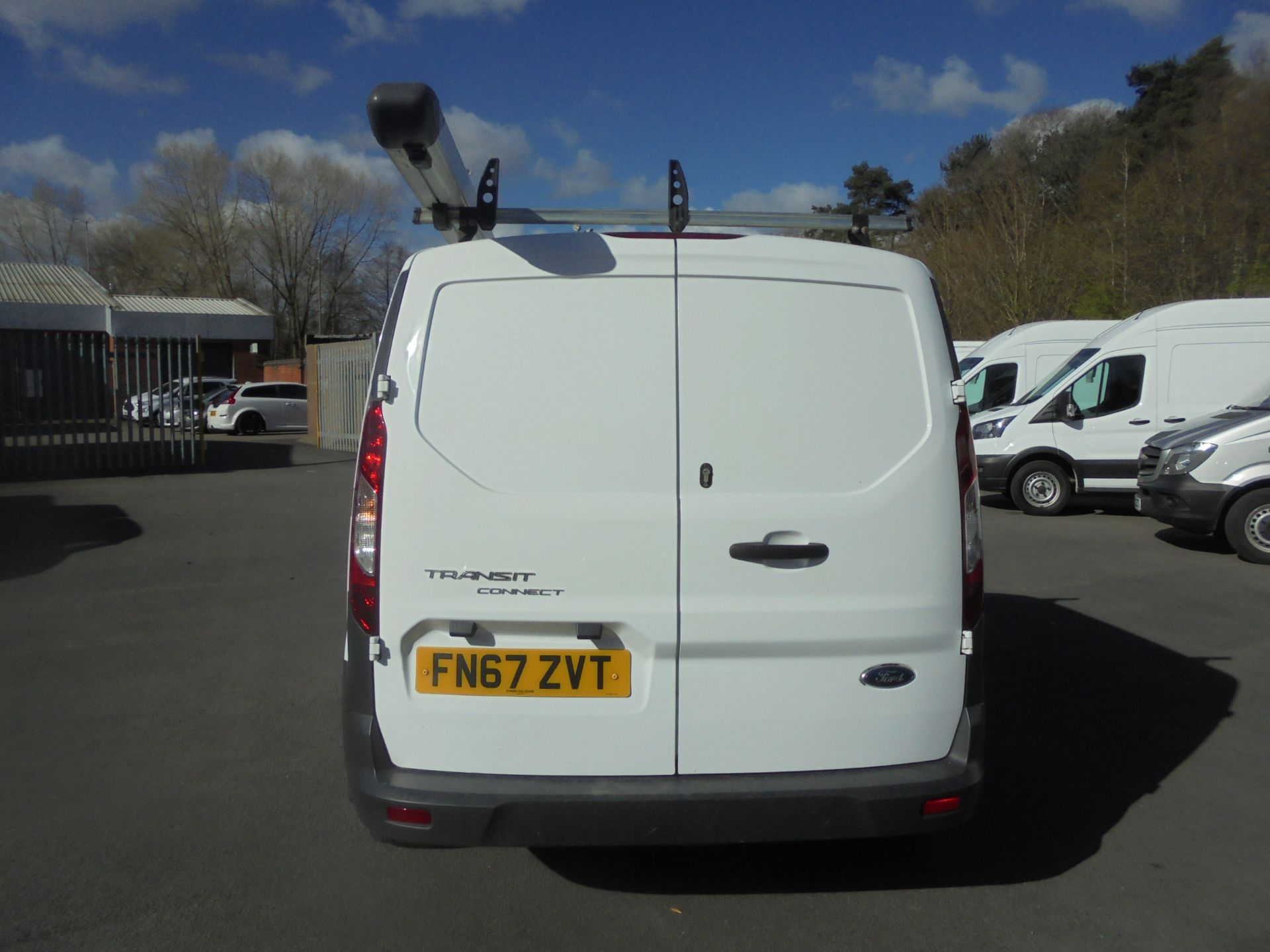 2017 Ford Transit Connect 1.5 Tdci 75Ps Van (FN67ZVT) Image 8