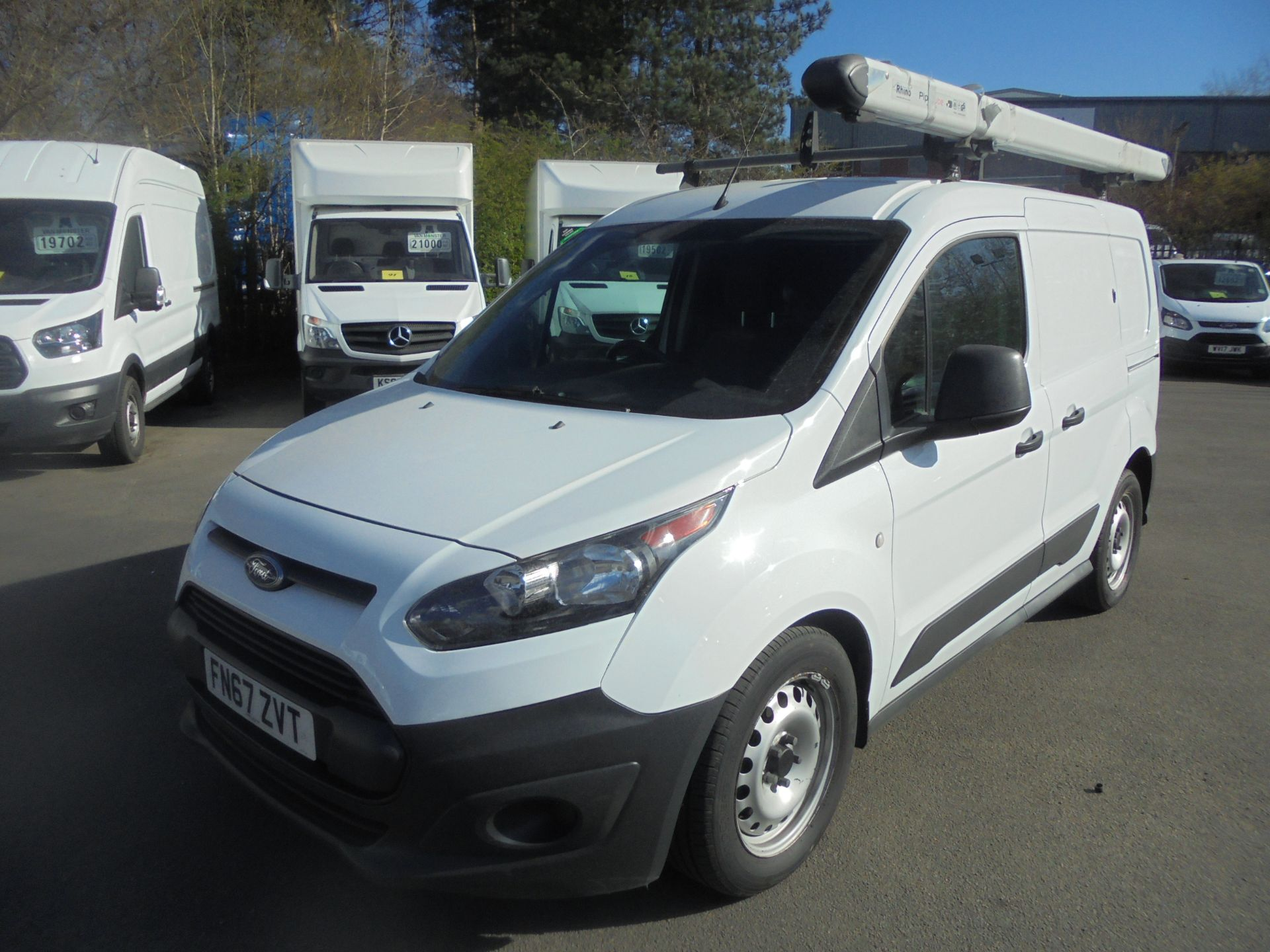 2017 Ford Transit Connect 1.5 Tdci 75Ps Van (FN67ZVT) Image 3