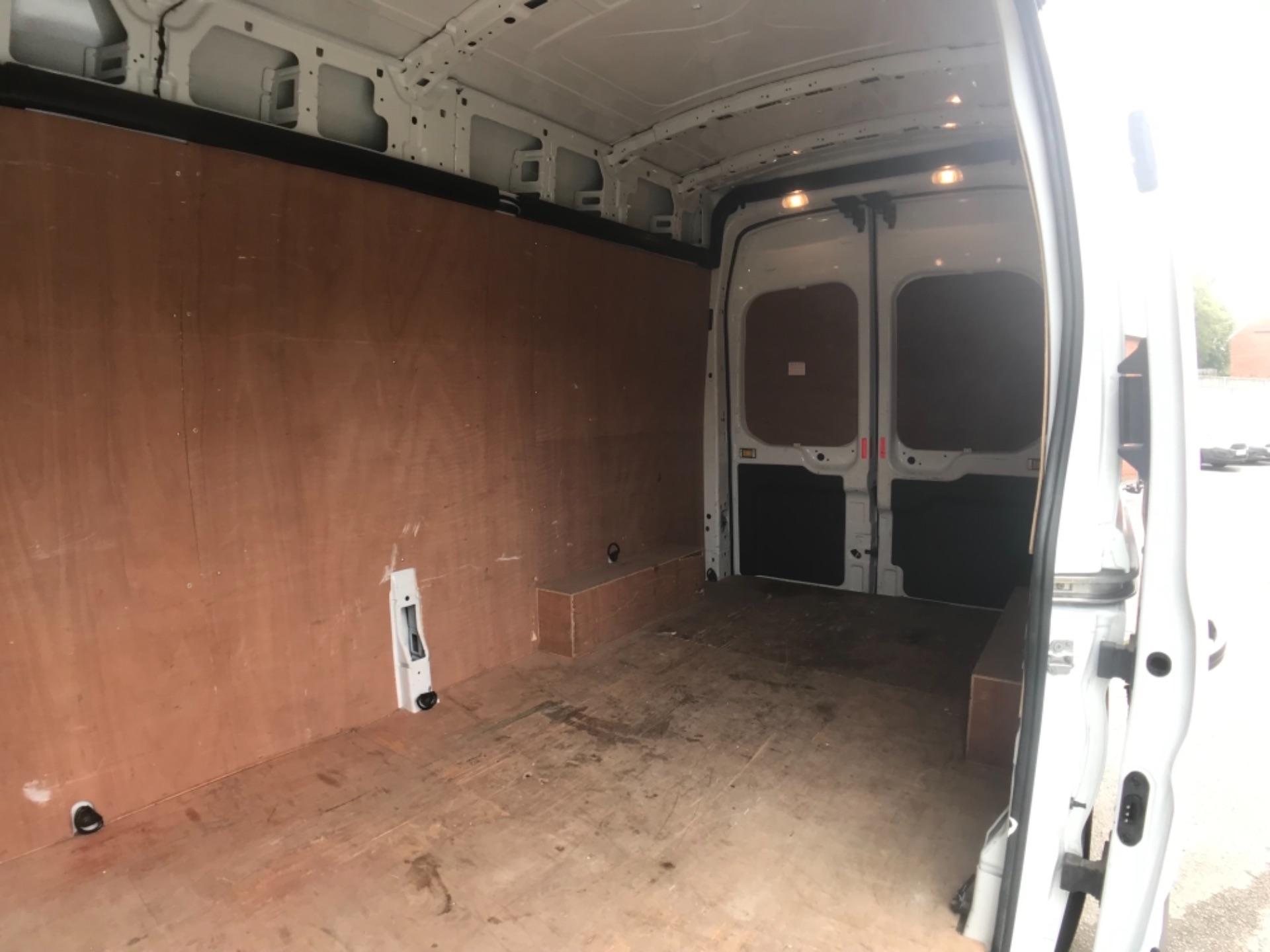 2017 Ford Transit 2.0 Tdci 130Ps H3 Van L3 H3 VAN 130PS EURO 6 (FN67ZVU) Image 22