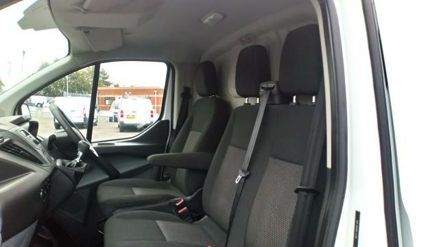 2017 Ford Transit Custom 2.0 Tdci 105Ps Low Roof Van (FN67ZWK) Image 14