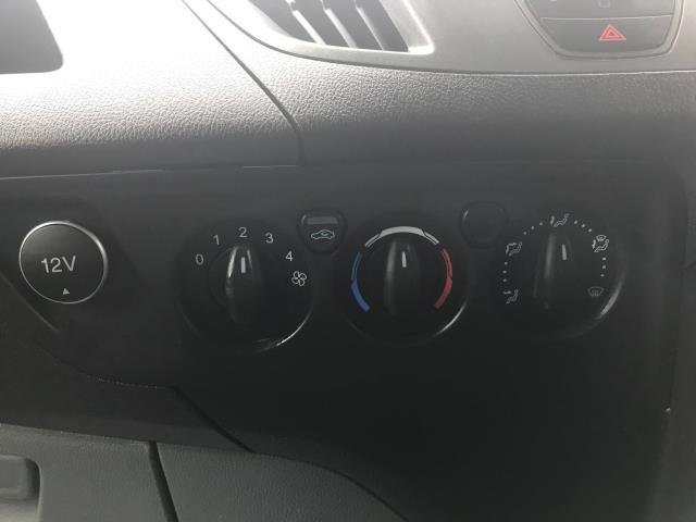 2017 Ford Transit Custom  290 L1 DIESEL FWD 2.0 TDCI 105PS LOW ROOF VAN EURO 6 (FN67ZWT) Image 21