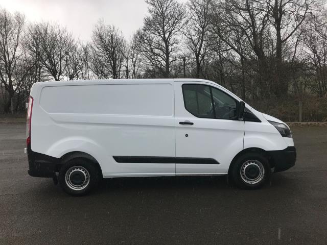 2017 Ford Transit Custom  290 L1 DIESEL FWD 2.0 TDCI 105PS LOW ROOF VAN EURO 6 (FN67ZWT) Image 10