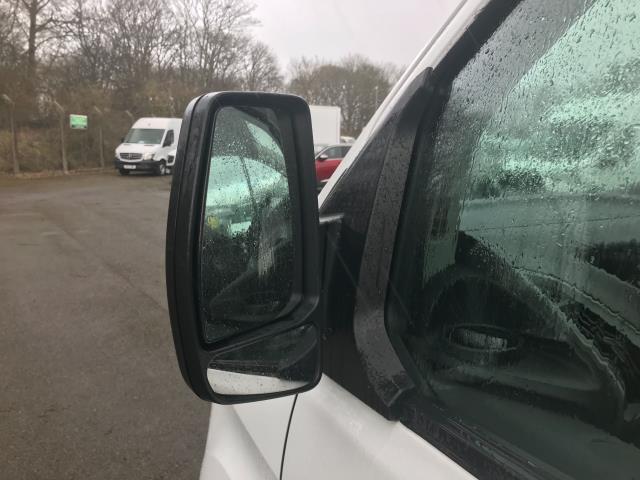 2017 Ford Transit Custom  290 L1 DIESEL FWD 2.0 TDCI 105PS LOW ROOF VAN EURO 6 (FN67ZWT) Image 14