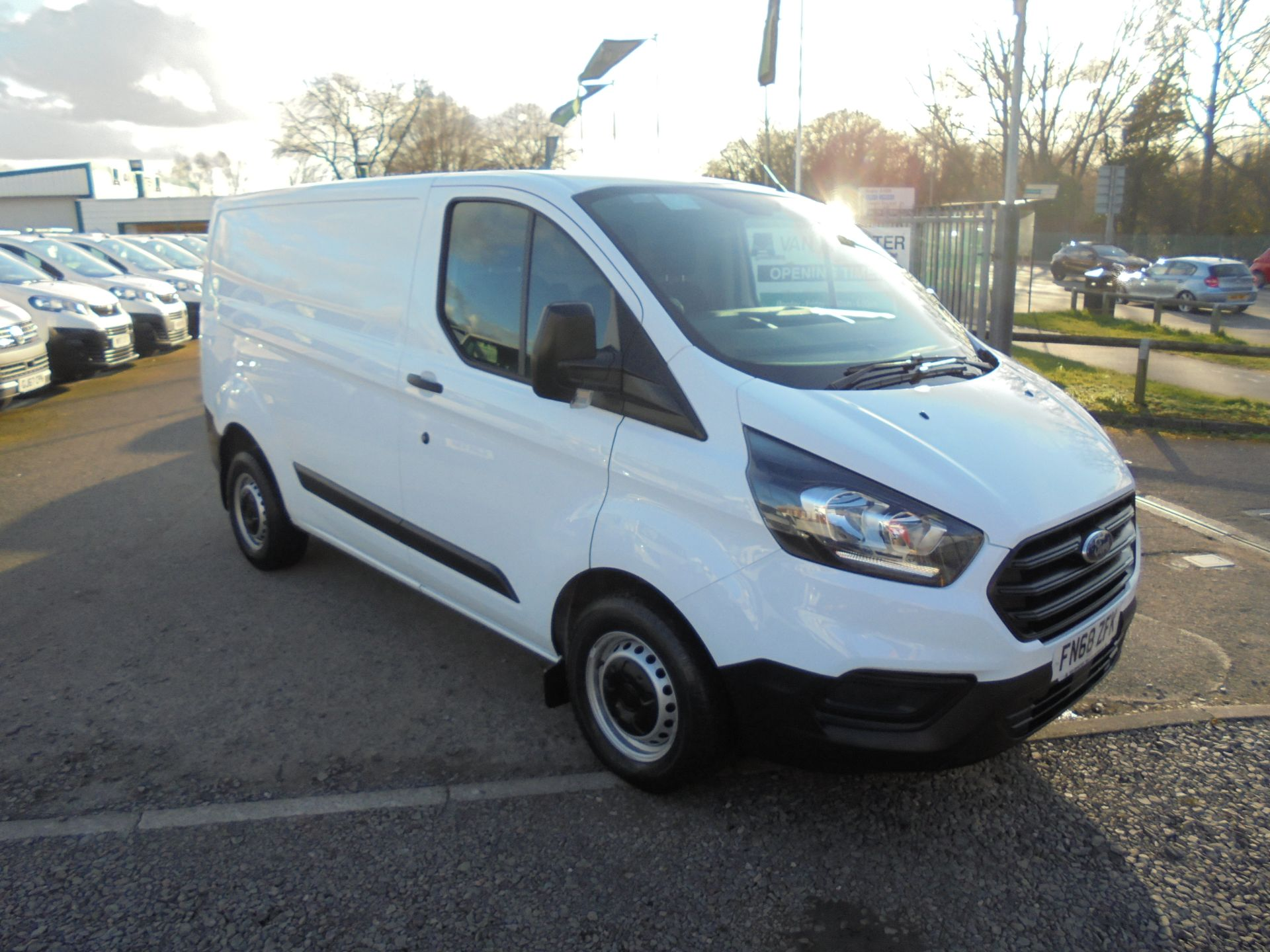 2018 Ford Transit Custom 300 L1 FWD 2.0 TDCI 105PS LOW ROOF EURO 6 (FN68ZFK)