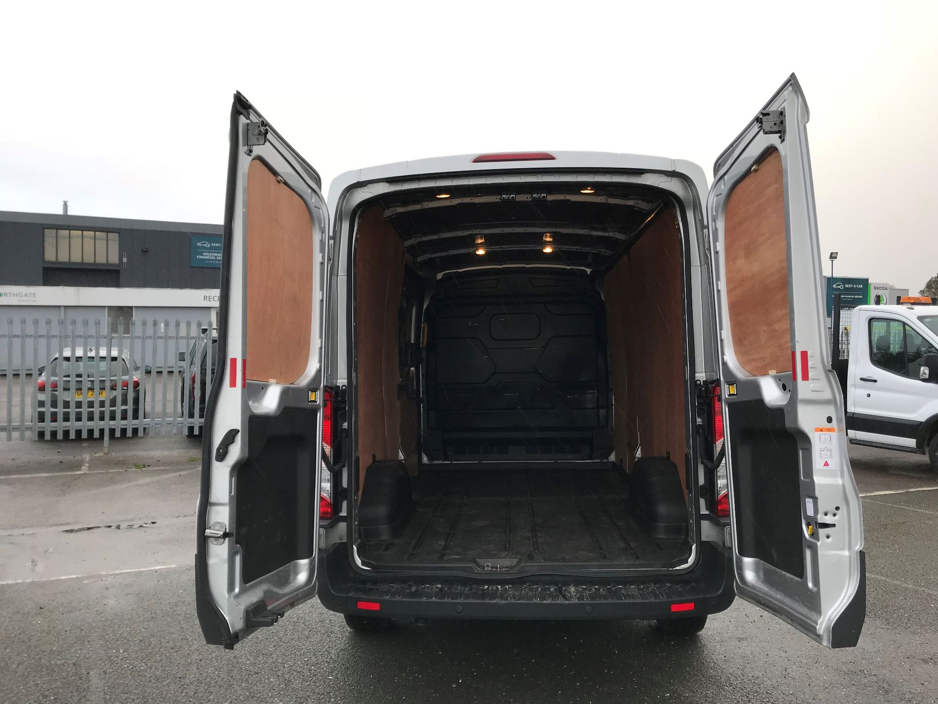 2018 Ford Transit  T350 L3 H2 130PS TREND EURO 6 (FN68ZNR) Image 8