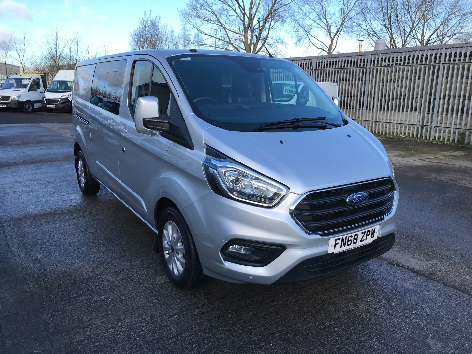 2018 Ford Transit Custom 320 L2 2.0TDCI 170PS LOW ROOF DOUBLE CAB LIMITED EURO 6 (FN68ZPW)