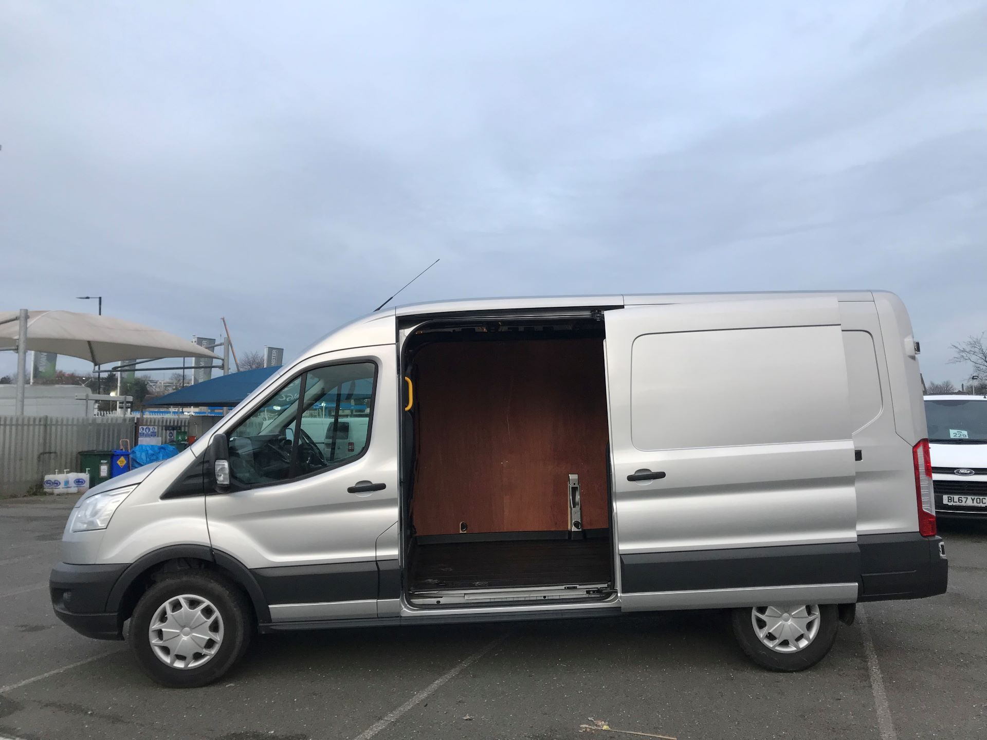 2018 Ford Transit   T350 L3 H2 130PS TREND EURO 6 (FN68ZTU) Image 10