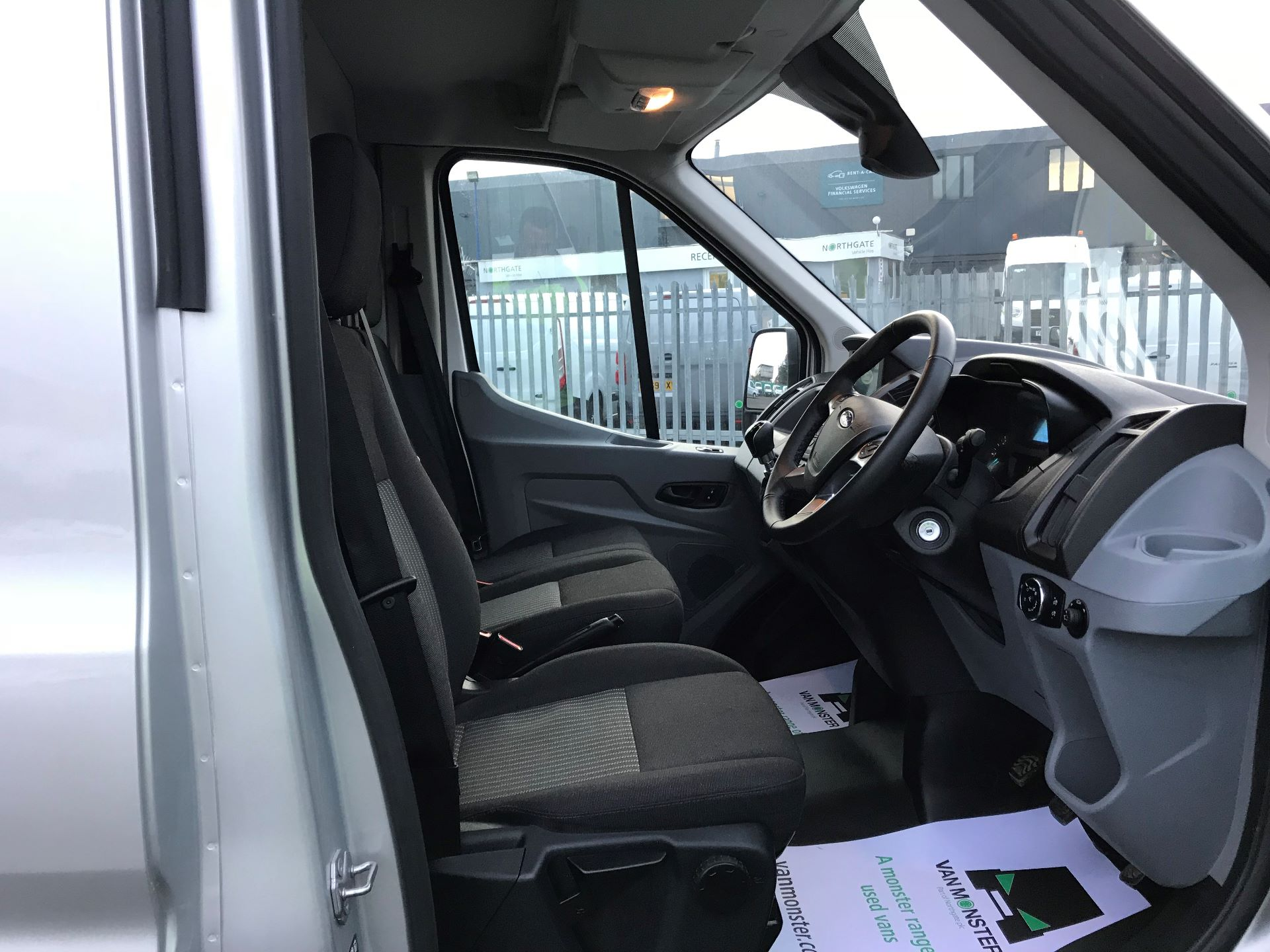 2018 Ford Transit   T350 L3 H2 130PS TREND EURO 6 (FN68ZTU) Image 21
