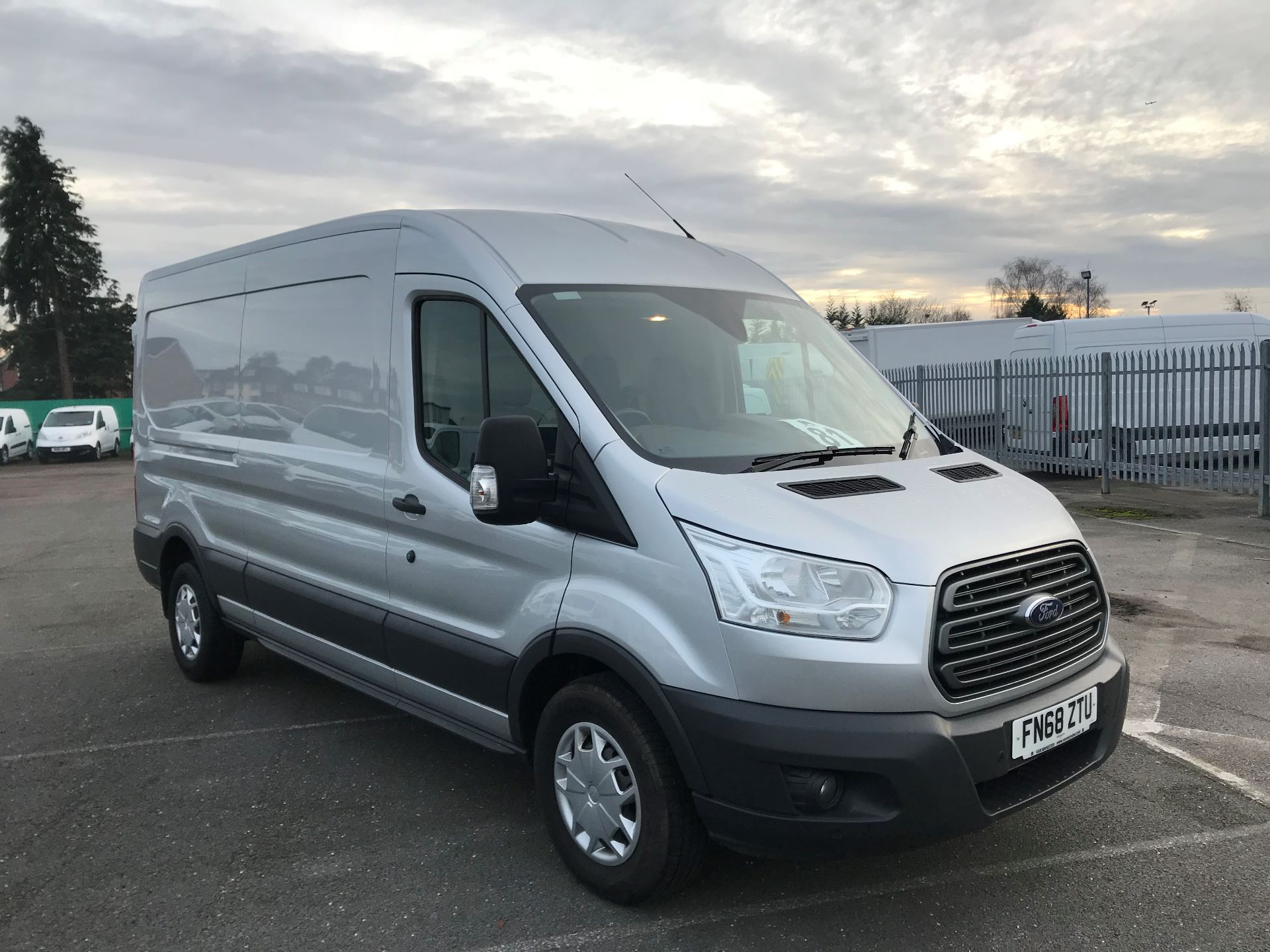 2018 Ford Transit   T350 L3 H2 130PS TREND EURO 6 (FN68ZTU) Image 1