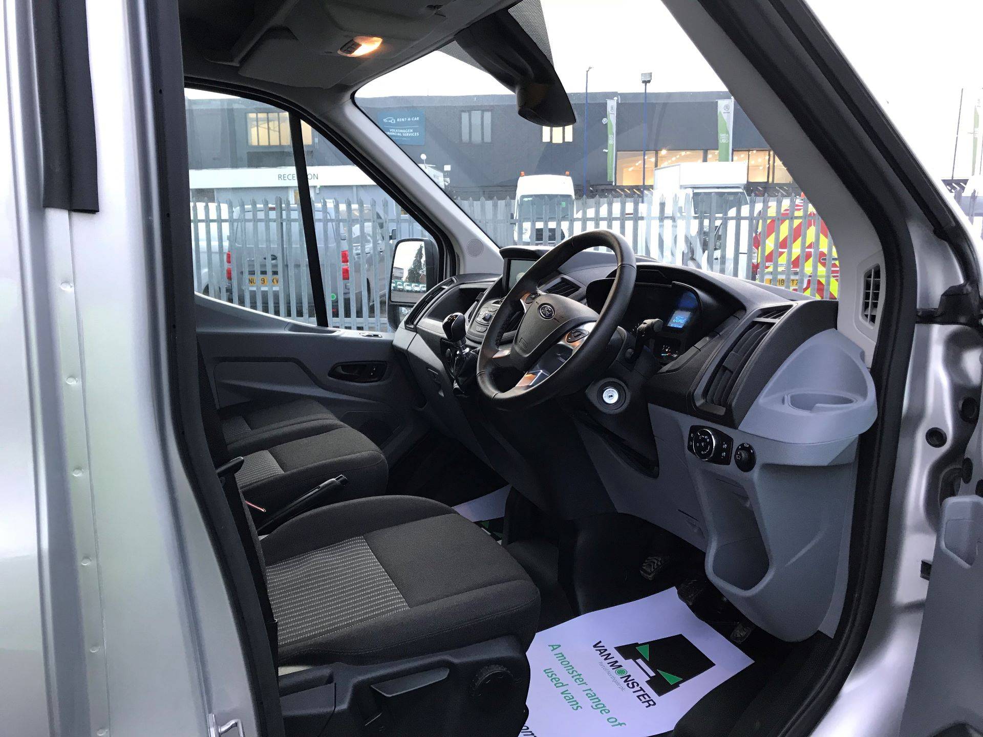 2018 Ford Transit   T350 L3 H2 130PS TREND EURO 6 (FN68ZTU) Image 20
