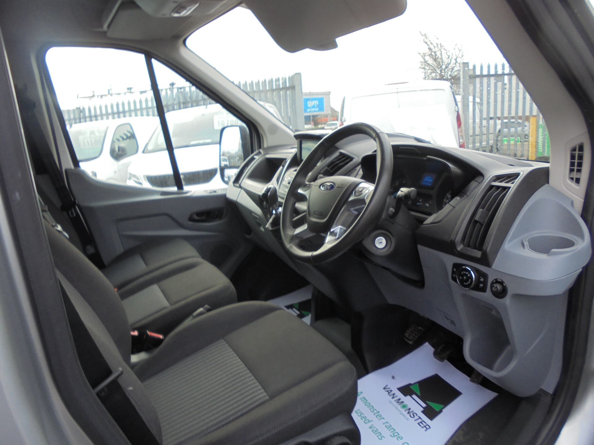 2018 Ford Transit L3 H2 VAN 130PS TREND EURO 6 (FN68ZTV) Image 4
