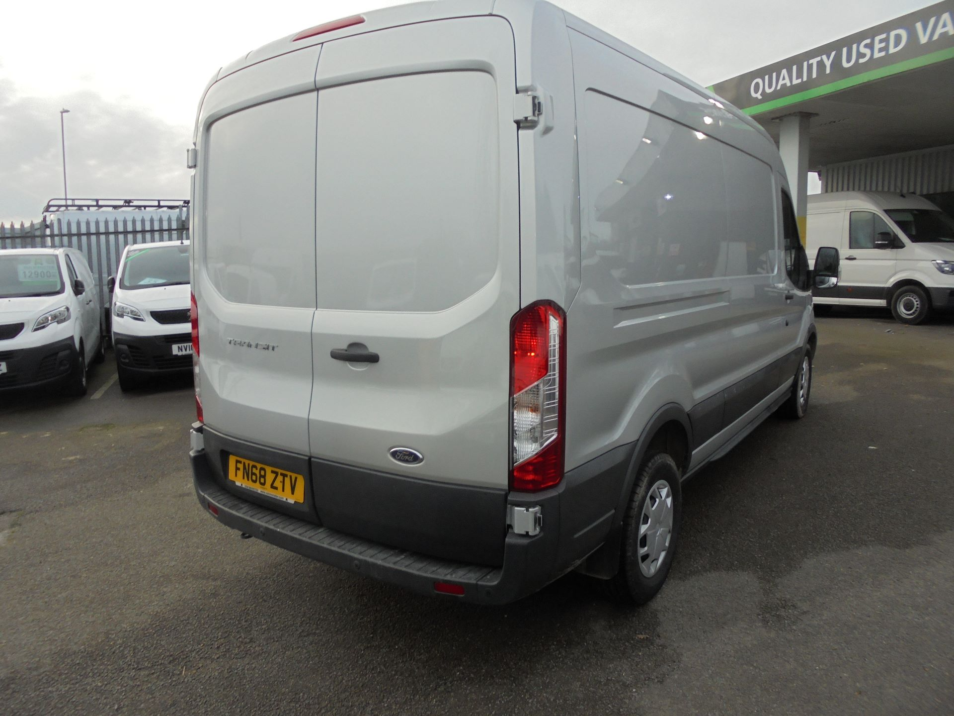 2018 Ford Transit L3 H2 VAN 130PS TREND EURO 6 (FN68ZTV) Image 6
