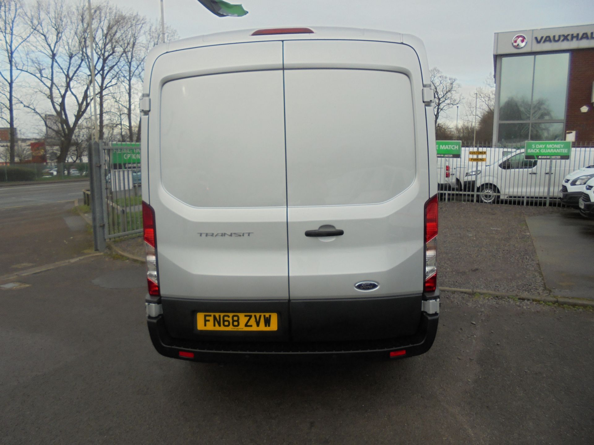 2018 Ford Transit 350 L3 2.0 TDCI 130PS H2 TREND EURO 6  (FN68ZVW) Image 4