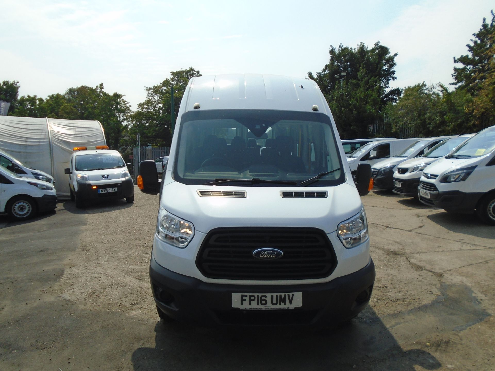 2016 Ford Transit 2.2 Tdci 125Ps H3 17 Seater (FP16UMV) Image 2