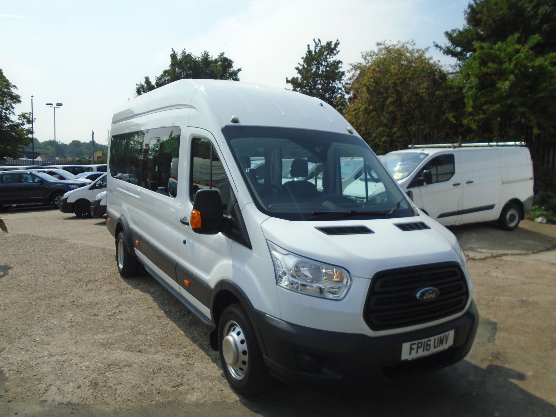 2016 Ford Transit 2.2 Tdci 125Ps H3 17 Seater (FP16UMV)