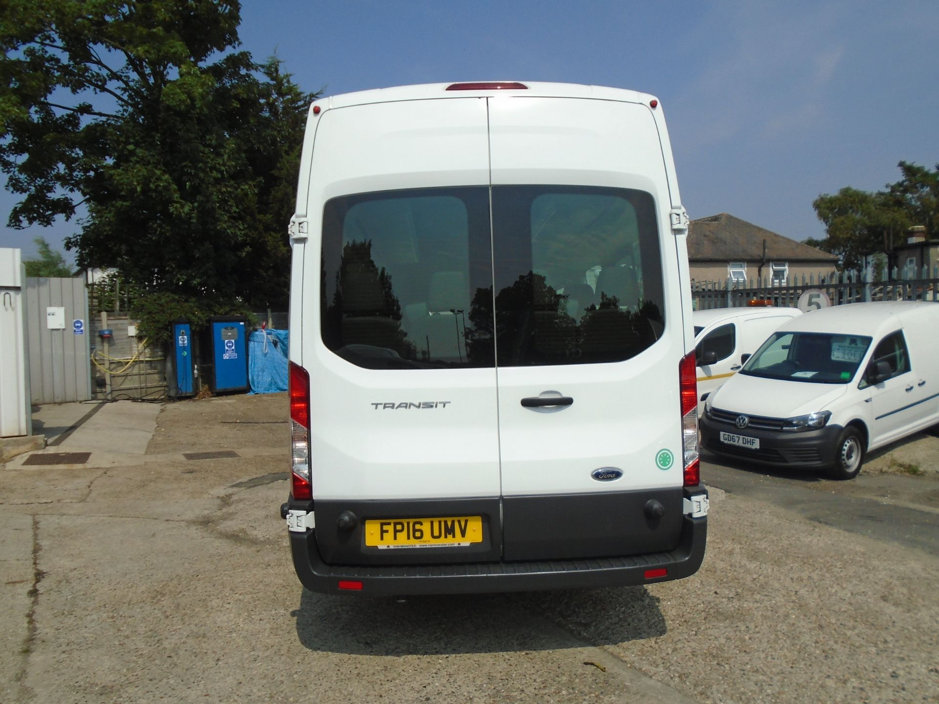 2016 Ford Transit 2.2 Tdci 125Ps H3 17 Seater (FP16UMV) Image 5