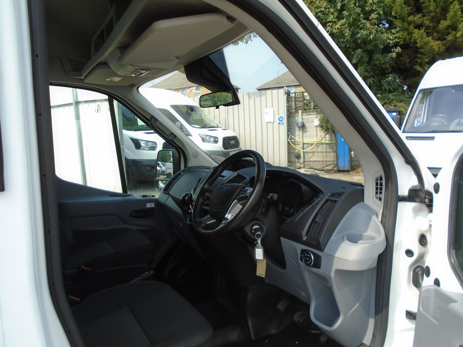 2016 Ford Transit 2.2 Tdci 125Ps H3 17 Seater (FP16UMV) Image 26