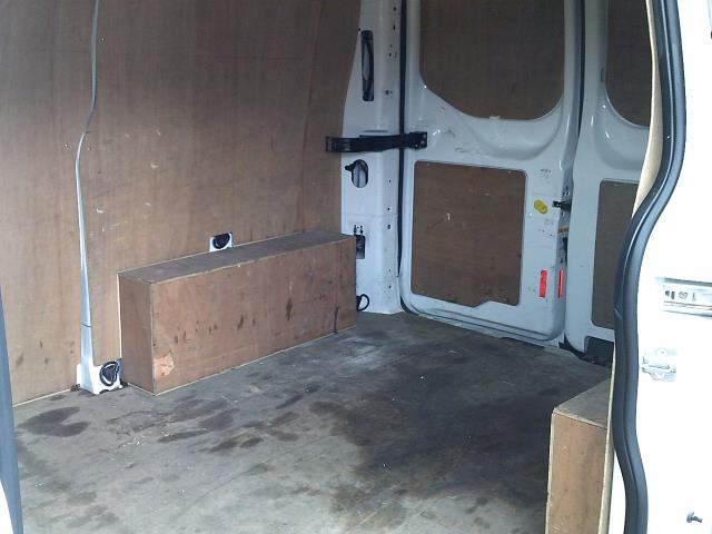 2017 Ford Transit Custom 2.0 Tdci 105Ps Low Roof Van (FP17UOO) Image 17