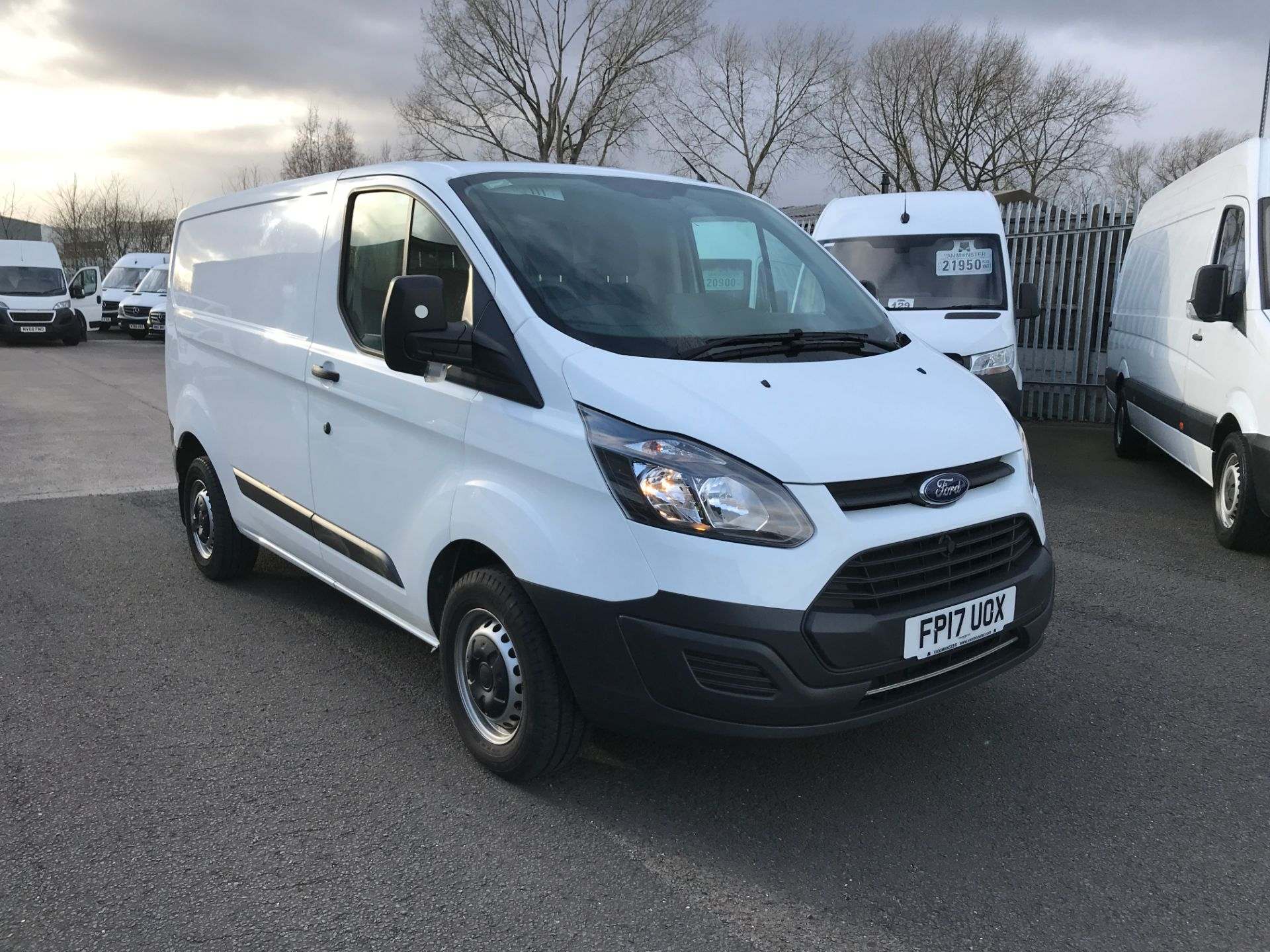2017 Ford Transit Custom  290 L1 2.0TDCI 105PS LOW ROOF EURO 6 (FP17UOX)