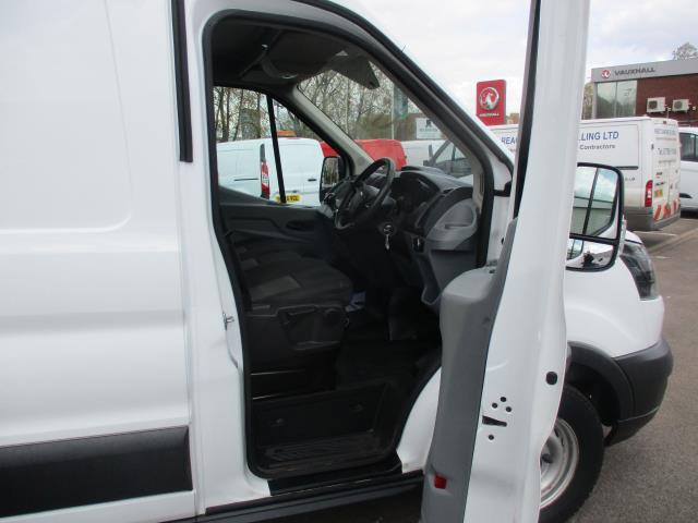 2017 Ford Transit 2.0 Tdci 130Ps H3 Van (FP17UTG) Image 9