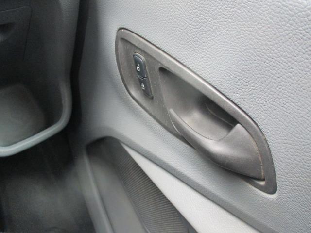 2017 Ford Transit 2.0 Tdci 130Ps H3 Van (FP17UTG) Image 17