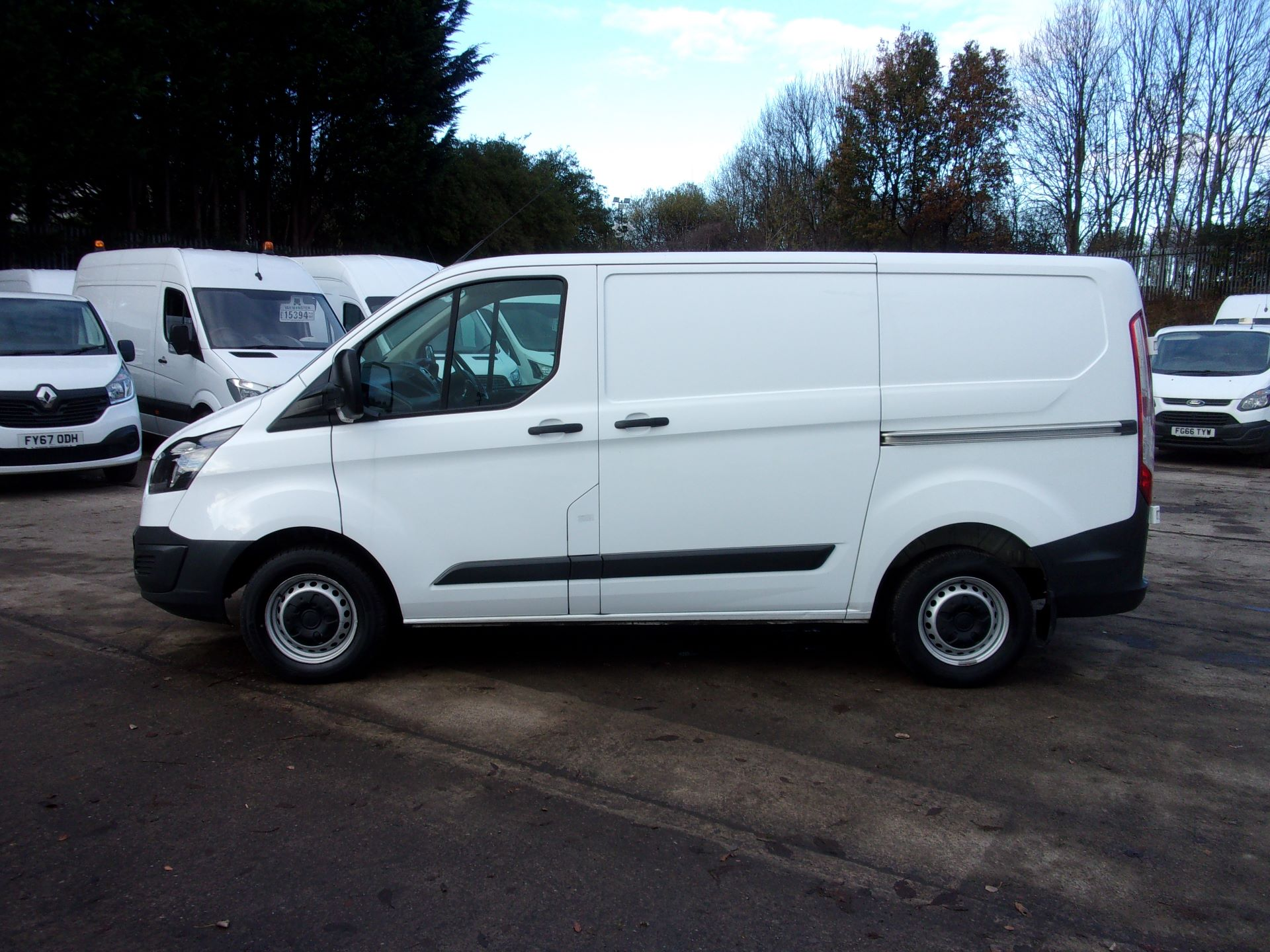 2017 Ford Transit Custom 290 L1 DIESEL FWD 2.0 TDCI 105PS LOW ROOF VAN EURO 6 *LIMITED TO 70MPH* (FP17UTM) Image 12