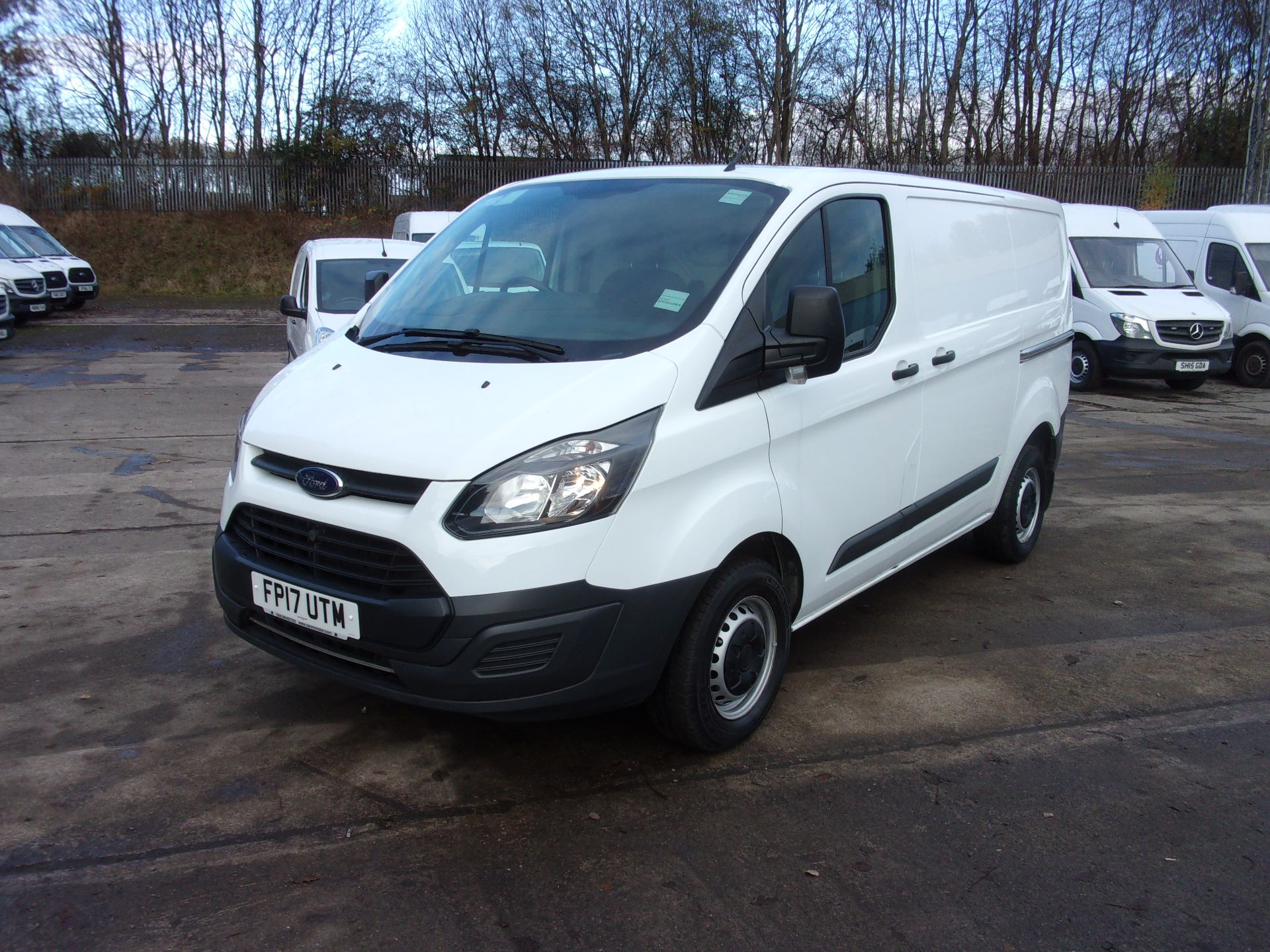 2017 Ford Transit Custom 290 L1 DIESEL FWD 2.0 TDCI 105PS LOW ROOF VAN EURO 6 *LIMITED TO 70MPH* (FP17UTM) Image 14