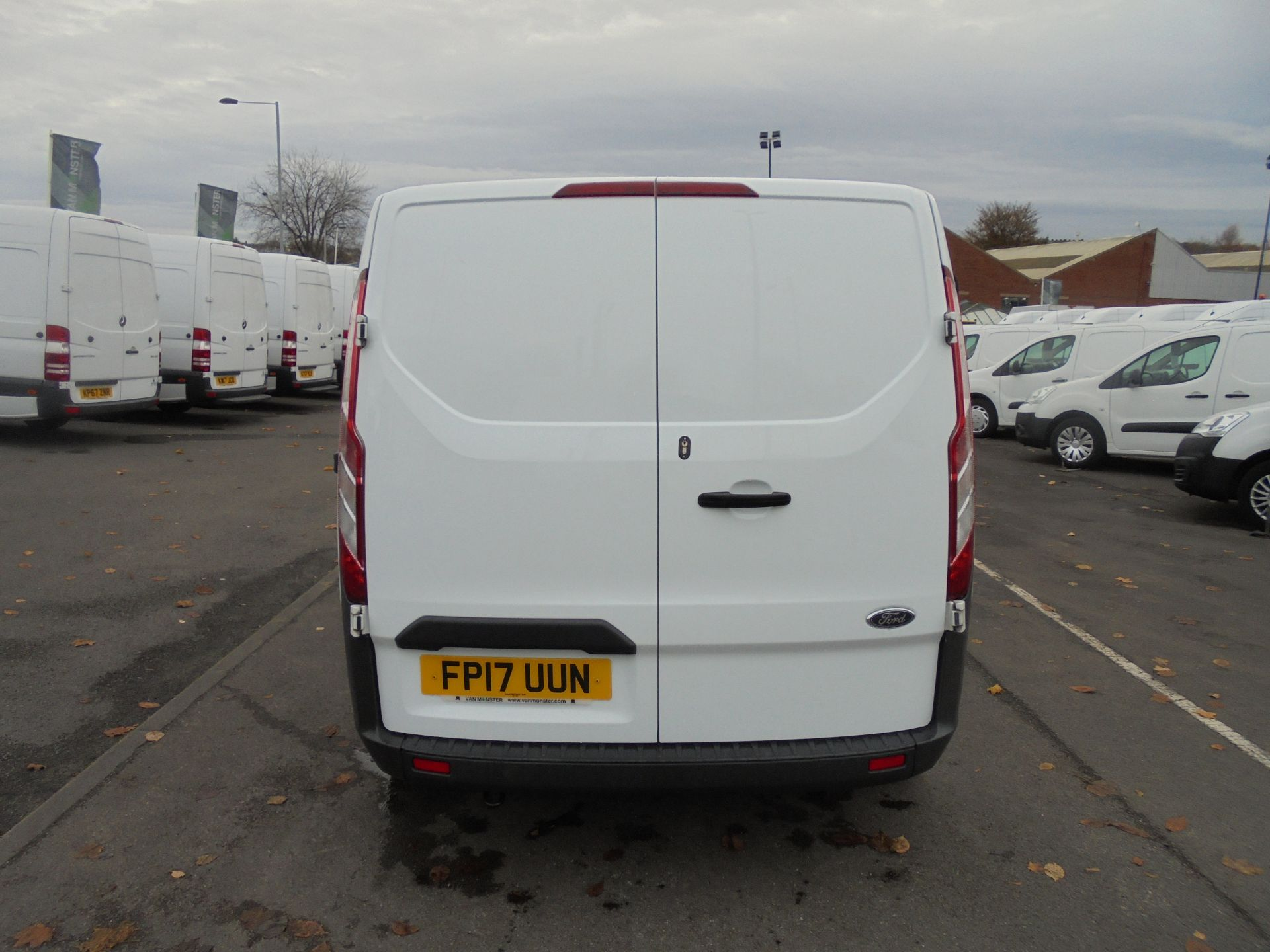2017 Ford Transit Custom  290 L1 2.0TDCI DOUBLE CAB LOW ROOF 105PS EURO 6 (FP17UUN) Image 6