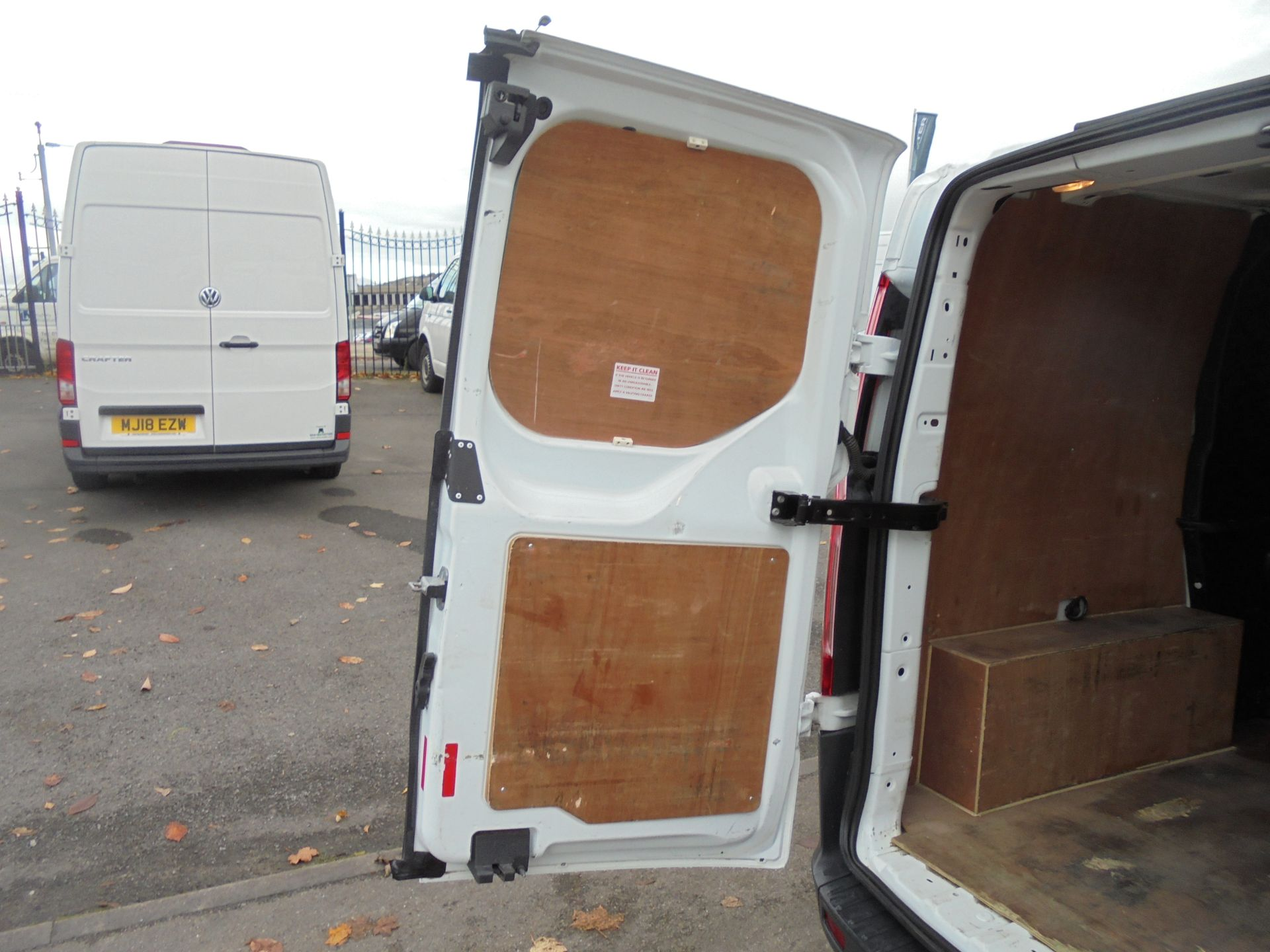2017 Ford Transit Custom  290 L1 2.0TDCI DOUBLE CAB LOW ROOF 105PS EURO 6 (FP17UUN) Image 27