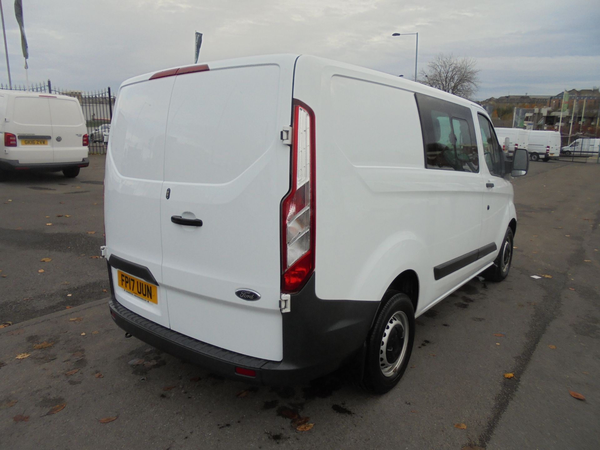 2017 Ford Transit Custom  290 L1 2.0TDCI DOUBLE CAB LOW ROOF 105PS EURO 6 (FP17UUN) Image 25