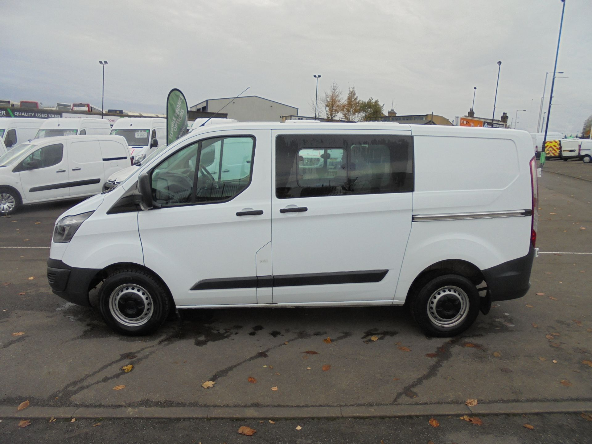 2017 Ford Transit Custom  290 L1 2.0TDCI DOUBLE CAB LOW ROOF 105PS EURO 6 (FP17UUN) Image 4