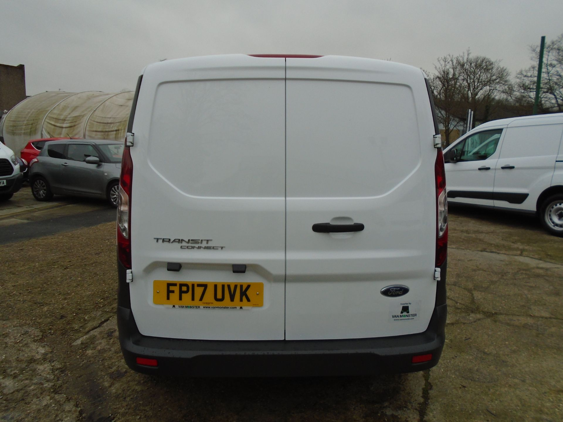 2017 Ford Transit Connect 1.5 Tdci 75Ps Van EURO 6 (FP17UVK) Image 5