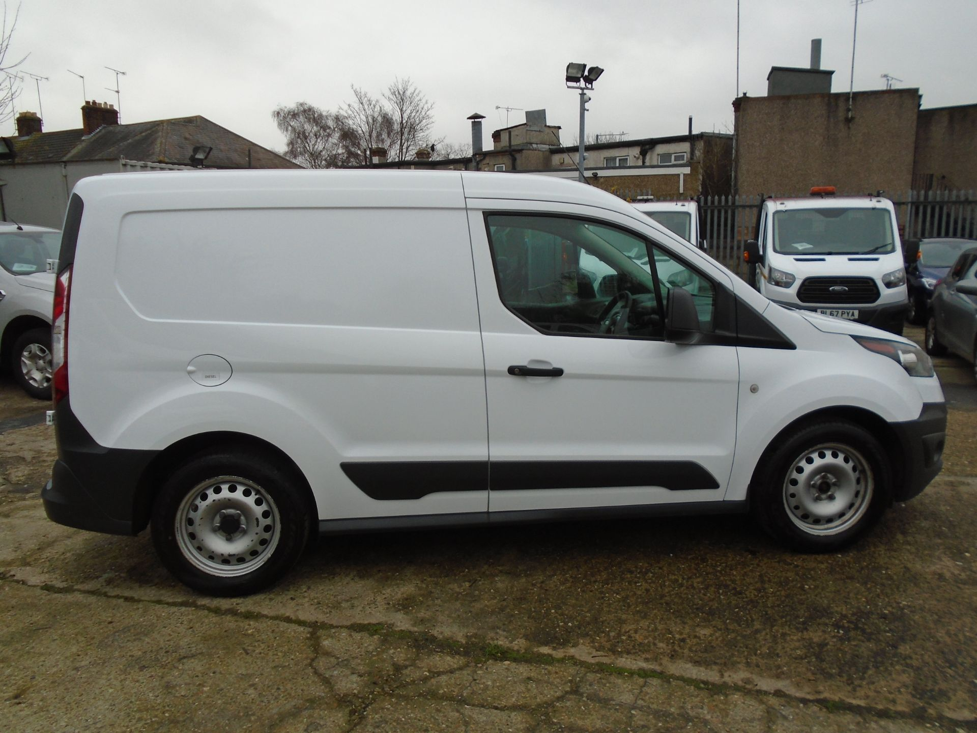 2017 Ford Transit Connect 1.5 Tdci 75Ps Van EURO 6 (FP17UVK) Image 8