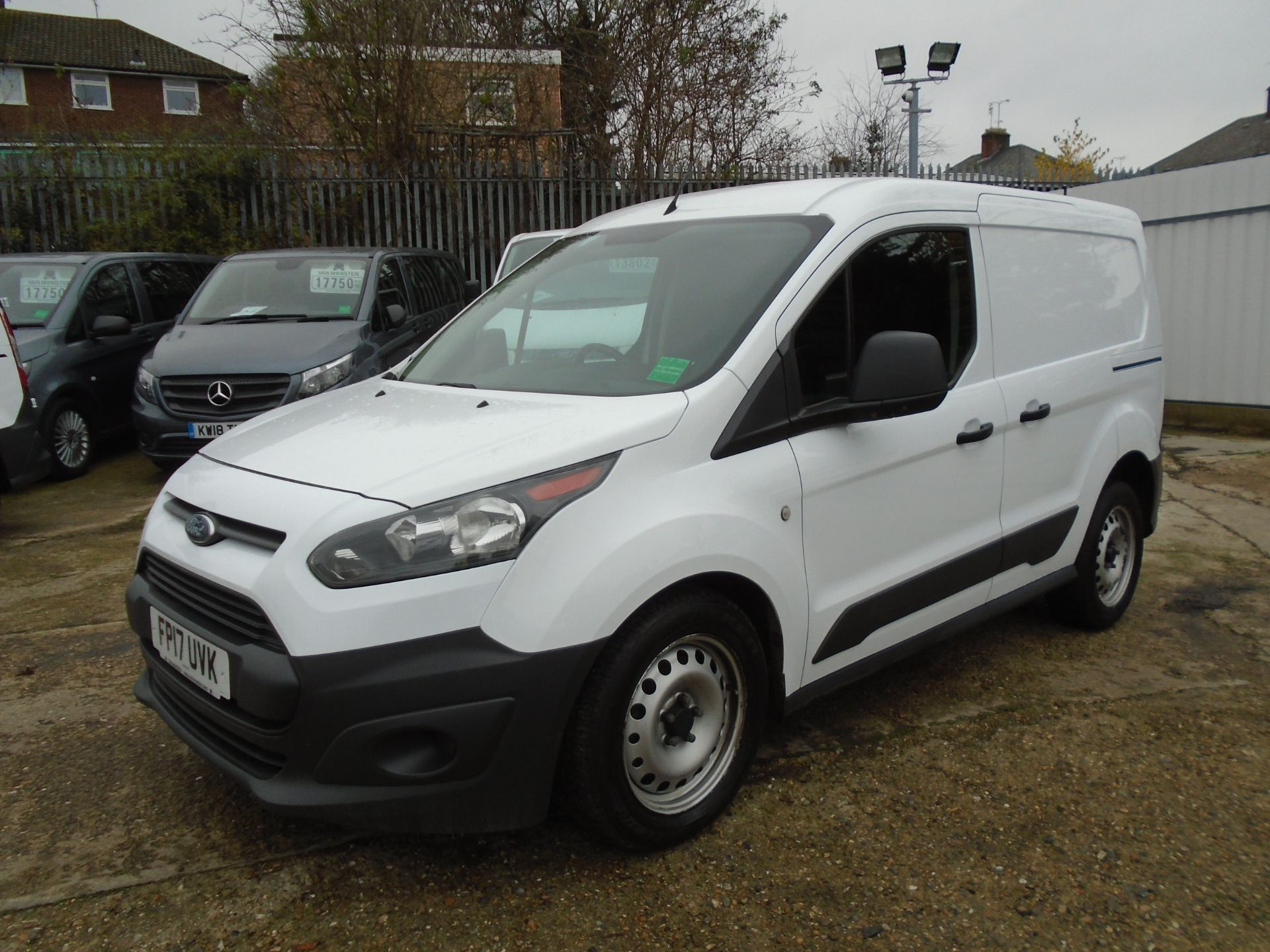 2017 Ford Transit Connect 1.5 Tdci 75Ps Van EURO 6 (FP17UVK) Image 3