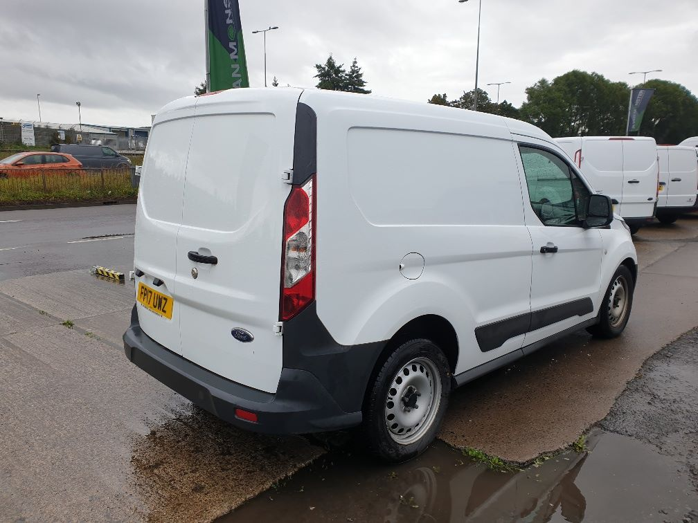 2017 Ford Transit Connect 200 L1 DIESEL 1.5 TDCI 75PS VAN EURO 6 *RESTRICTED TO 72MPH* (FP17UWZ) Image 12