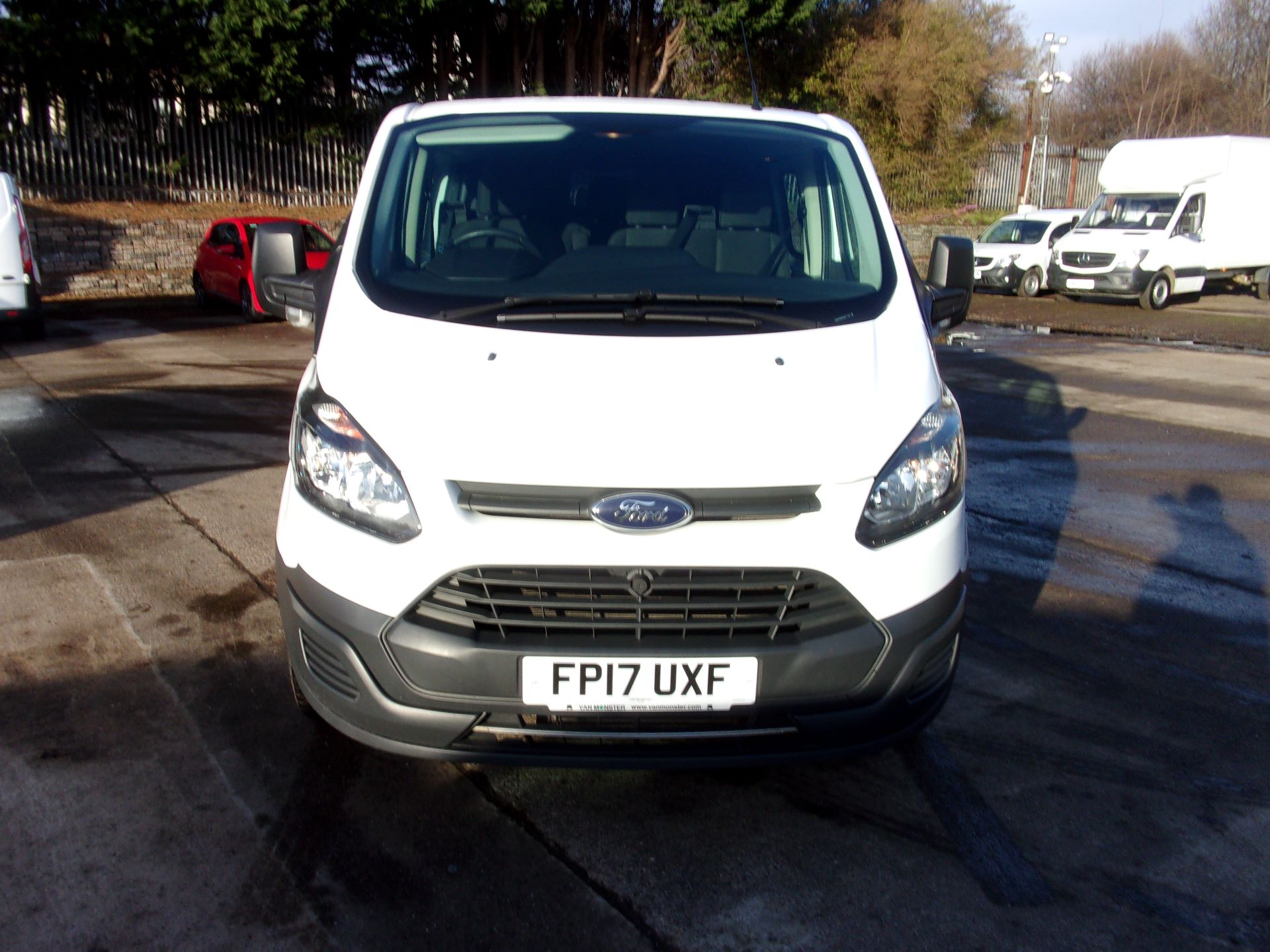 2017 Ford Transit Custom 290 L1 2.0TDCI 105PS LOW ROOF DOUBLE CAB EURO 6 (FP17UXF) Image 15