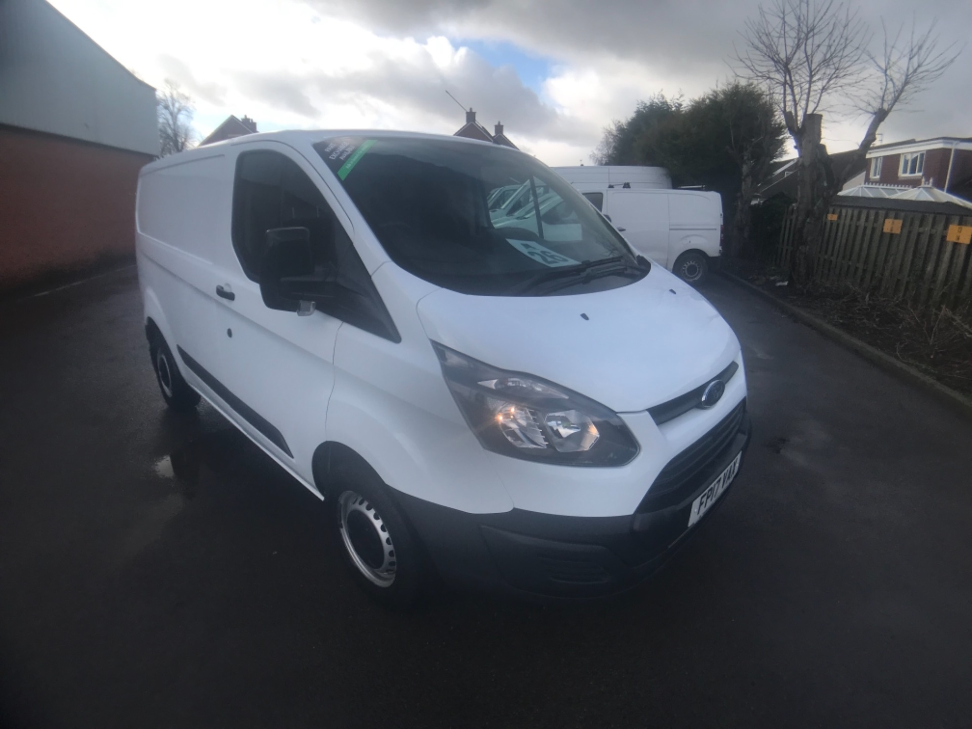 2017 Ford Transit Custom  290 L1 DIESEL FWD 2.0 TDCI 105PS LOW ROOF VAN EURO 6 (FP17VAX)