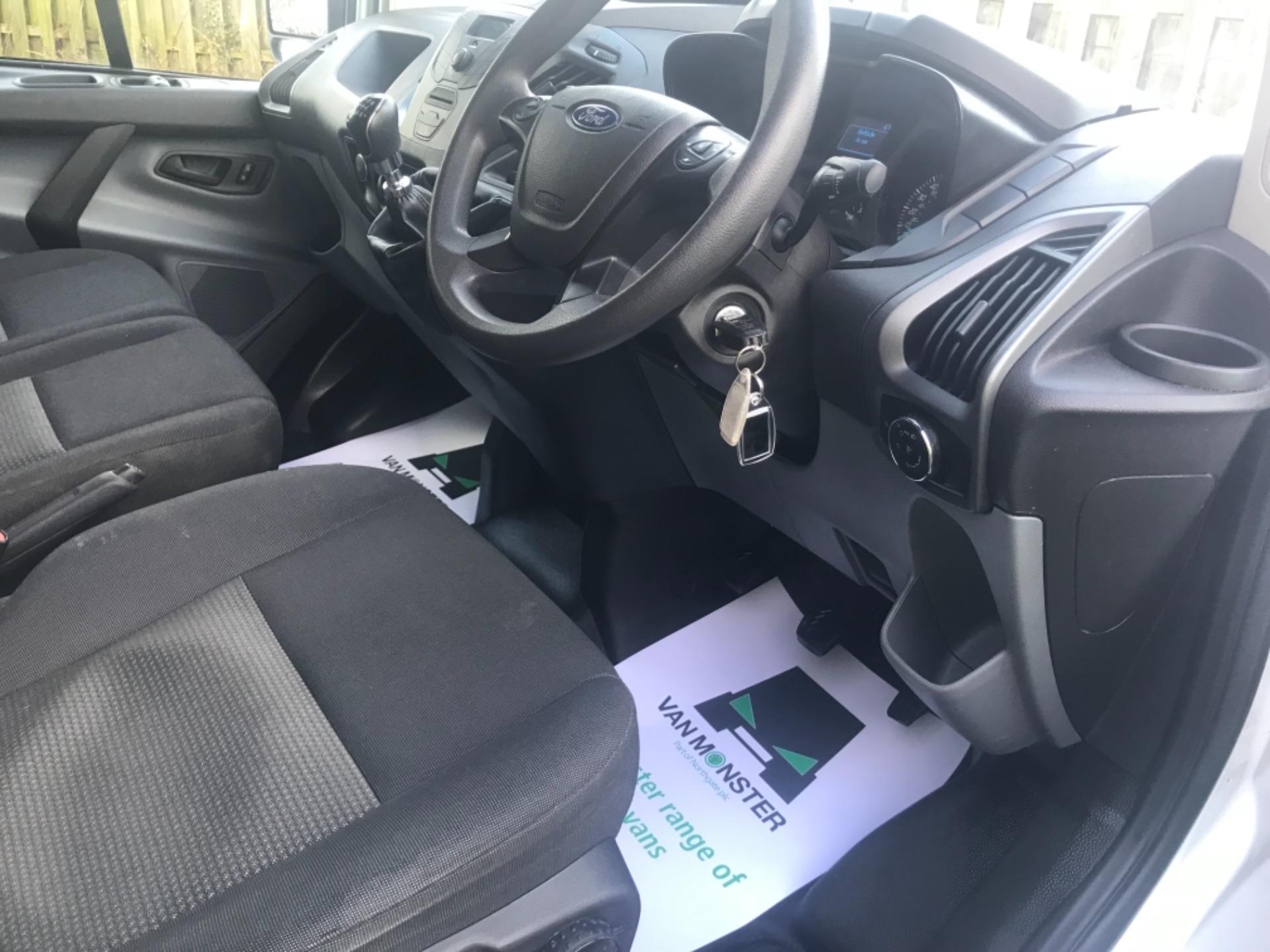 2017 Ford Transit Custom  290 L1 DIESEL FWD 2.0 TDCI 105PS LOW ROOF VAN EURO 6 (FP17VAX) Image 10