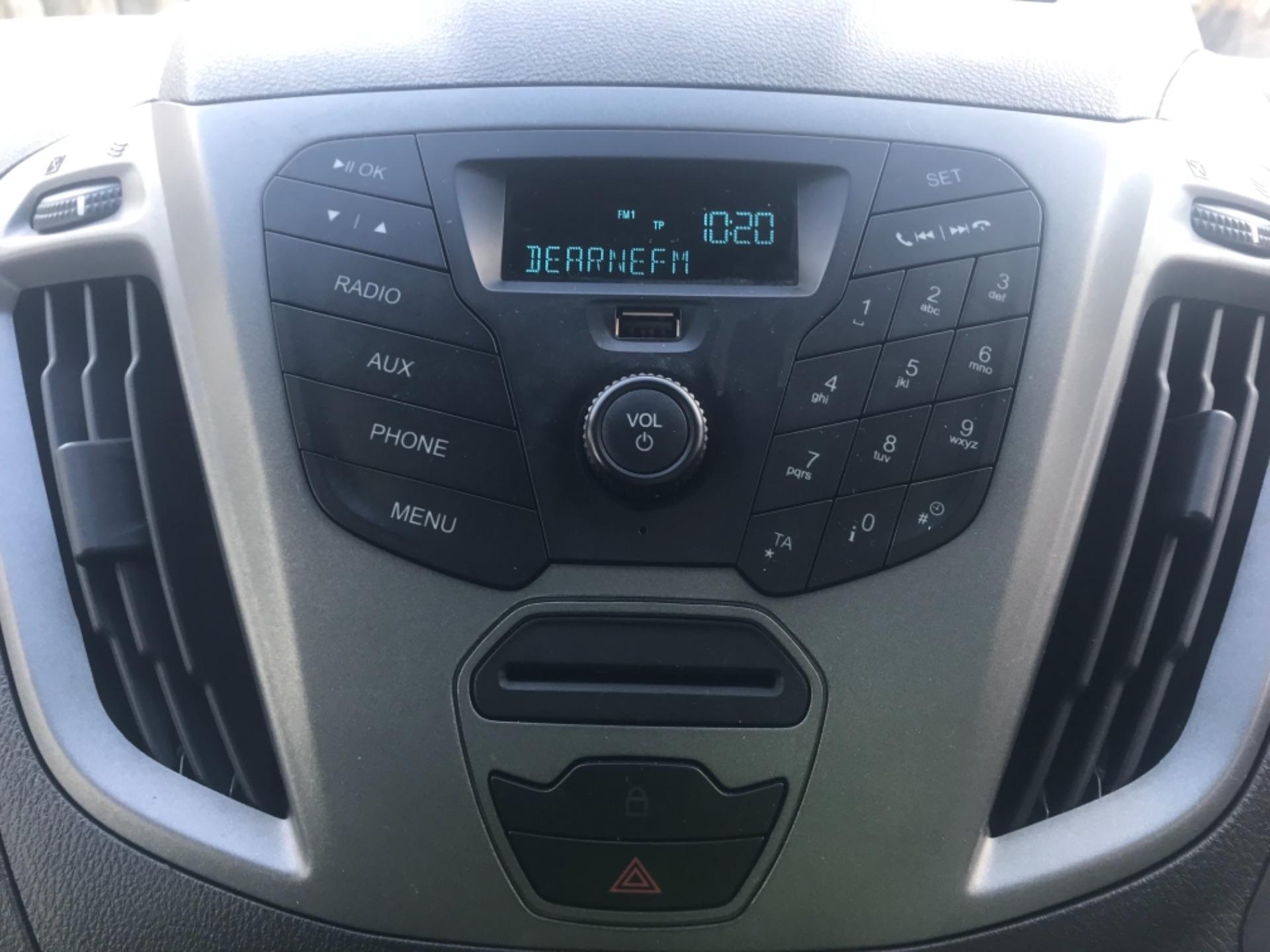 2017 Ford Transit Custom  290 L1 DIESEL FWD 2.0 TDCI 105PS LOW ROOF VAN EURO 6 (FP17VAX) Image 16