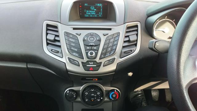 2017 Ford Fiesta 1.5 Tdci Van (FP17VCD) Image 15