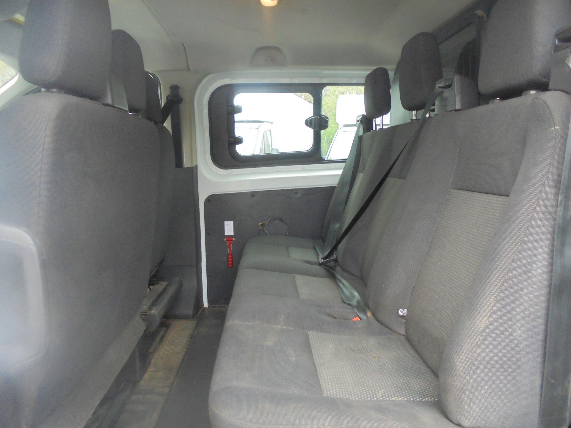 2017 Ford Transit Custom 2.0 Tdci 105Ps Low Roof D/Cab Van (FP17VCK) Image 7